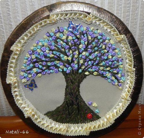 Дерево жизни из лент