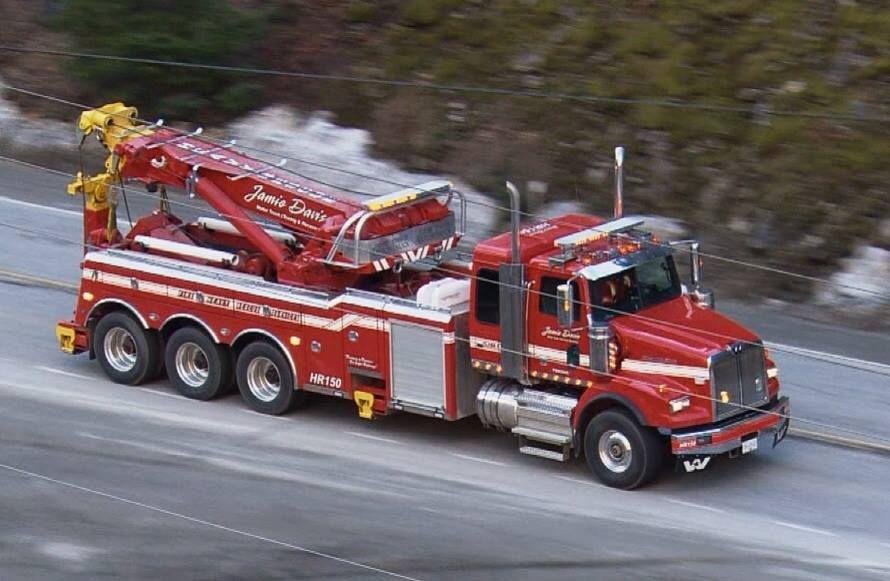 The gallery for highway thru hell trucks for Jamie davis motor truck
