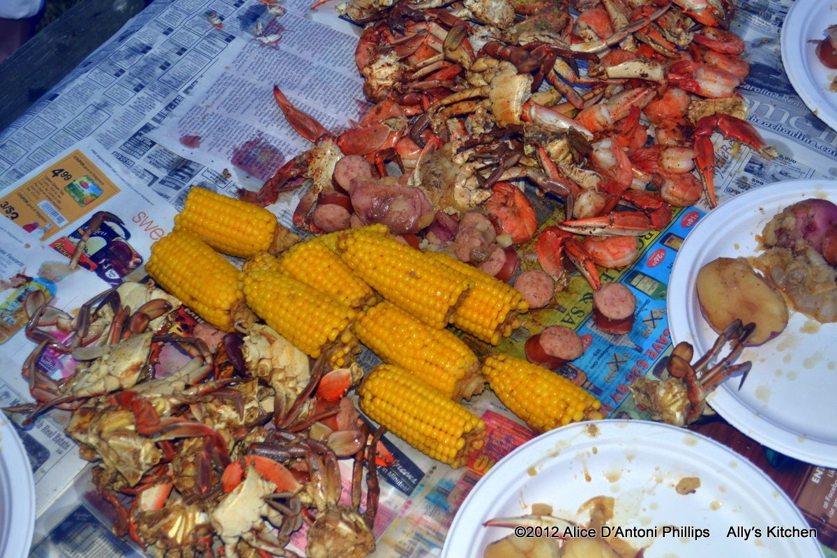 Frogmore Stew www.allyskitchen.com | Yep! Cooked All These Things!…