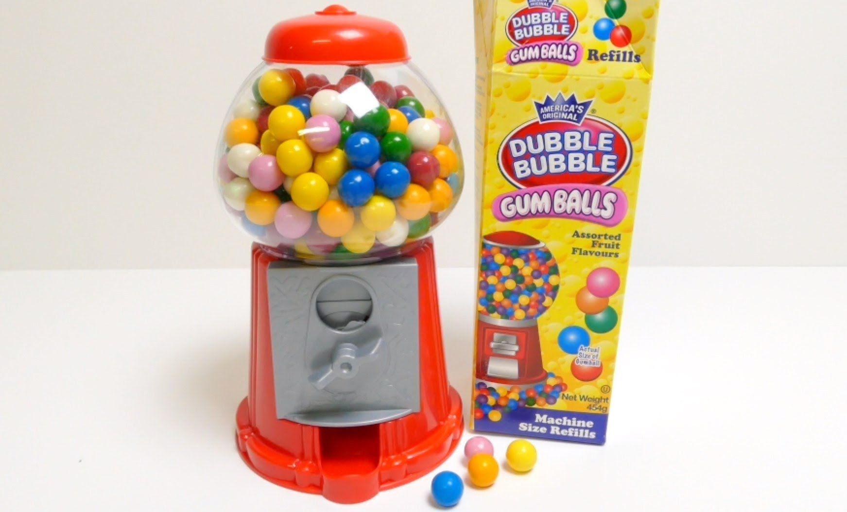 Old fashioned bubble gum machine 22