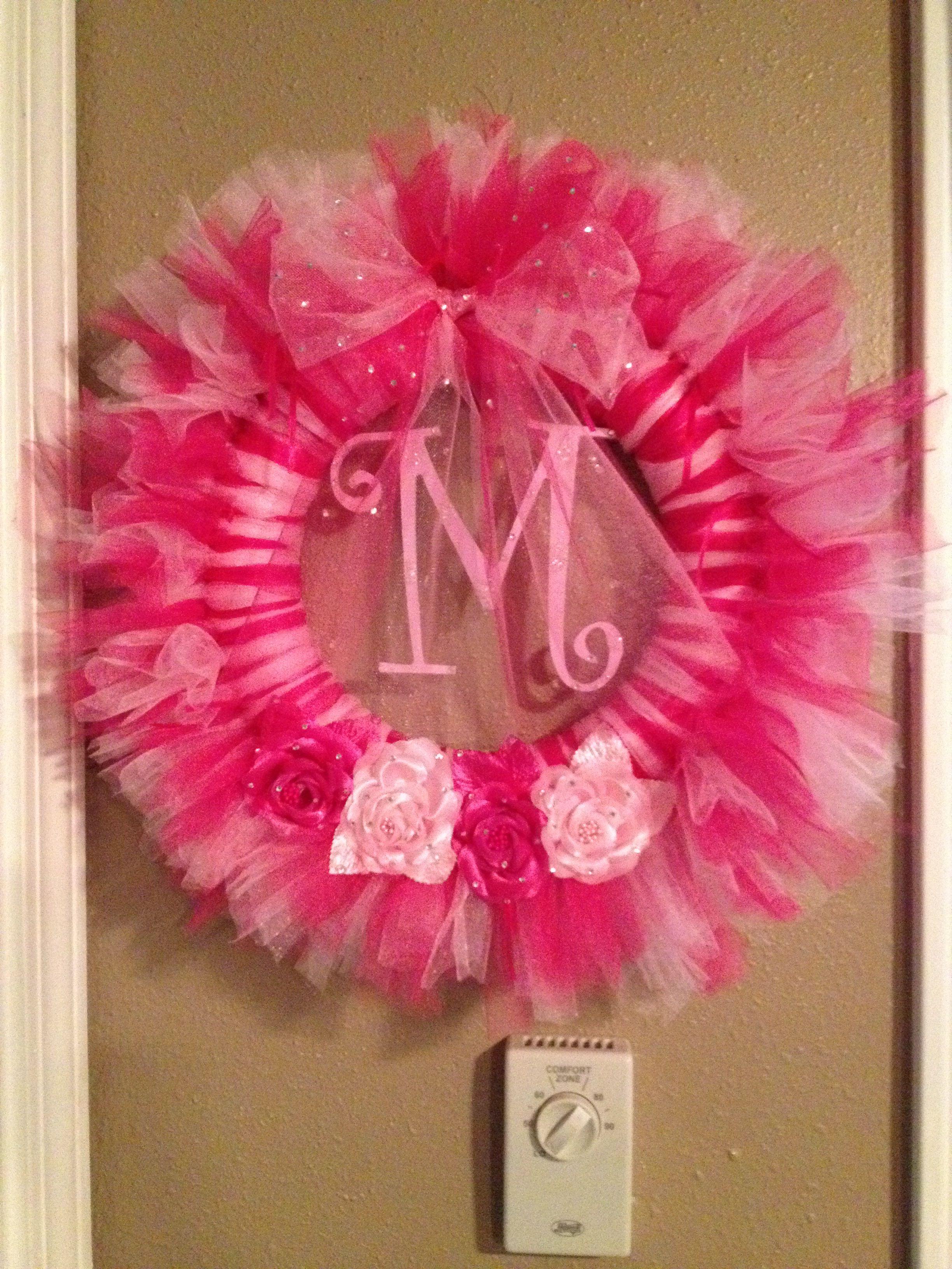 diy baby shower wreath baby shower 2 pinterest