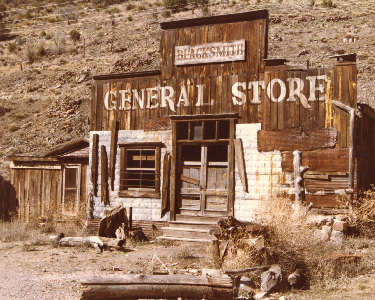 Real western ghost towns