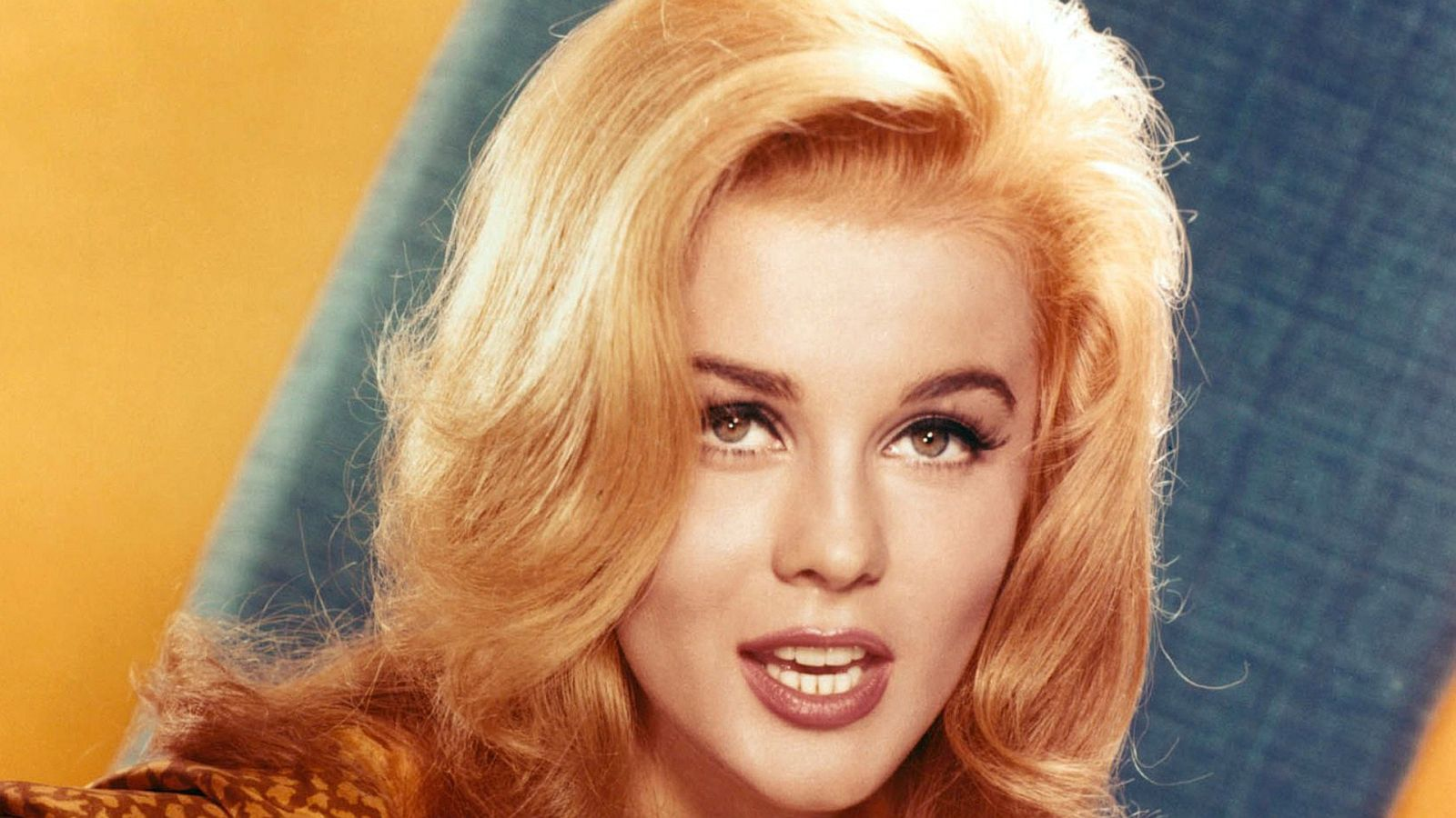 Elvis Presley With The Jordanaires With The Jubilee Four And Carole Lombard Quartet Viva Las Vegas W
