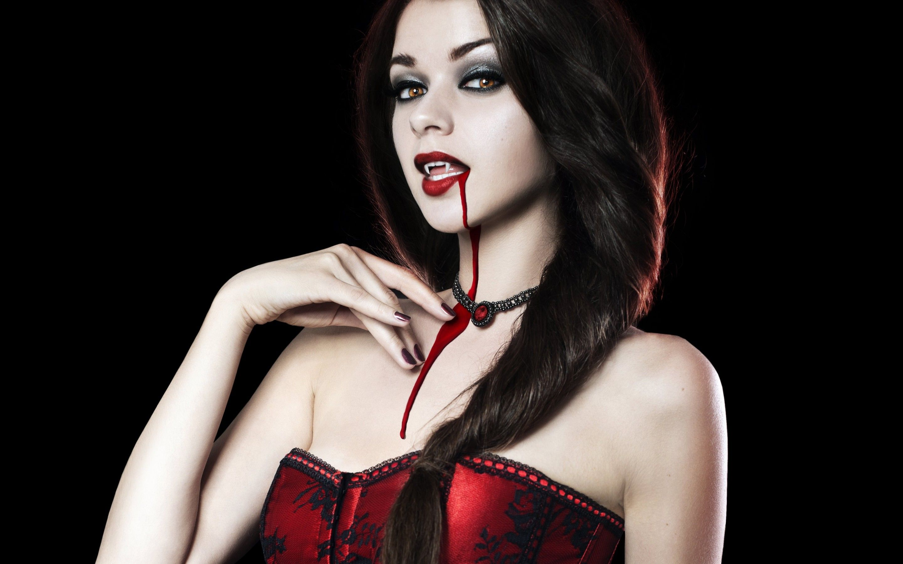 Vampire girl hot fucks photo