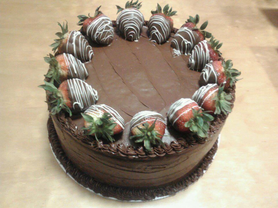 chocolate covered strawberry cake | House, kids & future.. | Pinterest