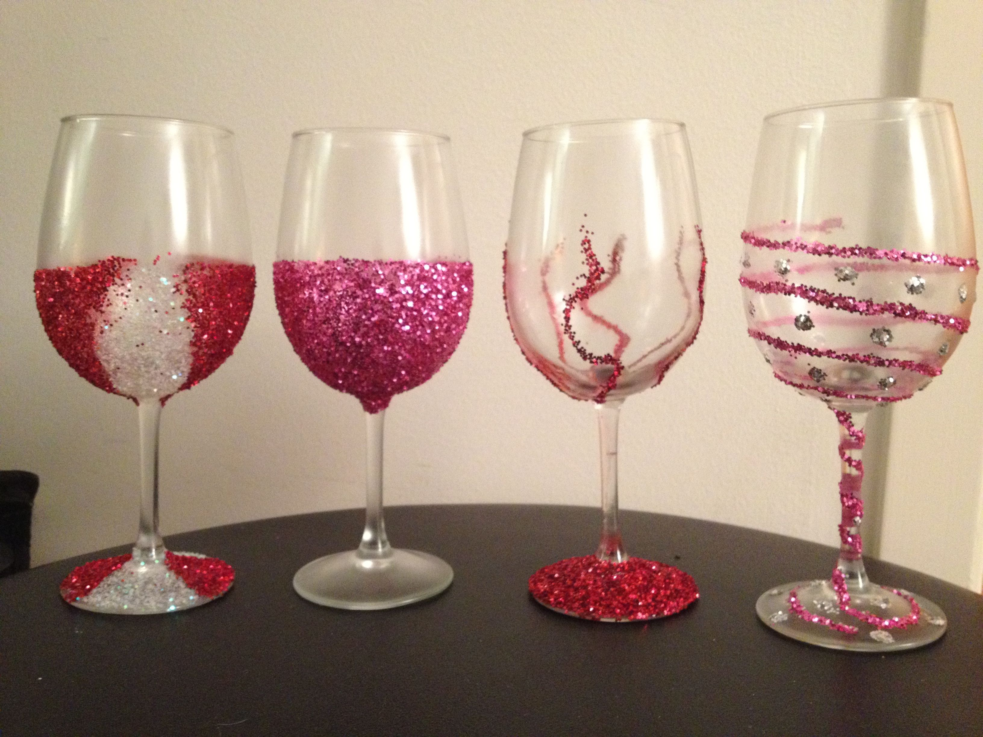 Glitter wine glasses crafty pinterest How to make wine glasses sparkle