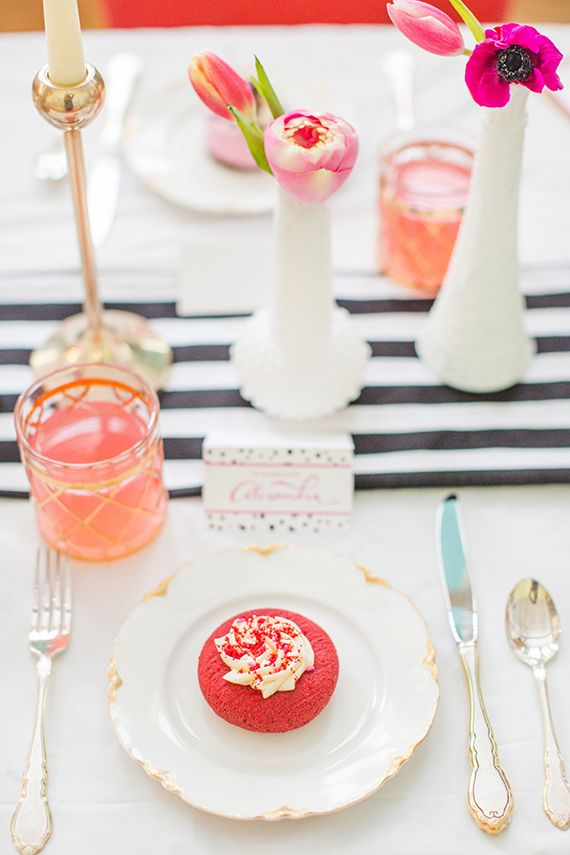 Valentines day cocktail party | Photo by Aly Carroll Photography ...