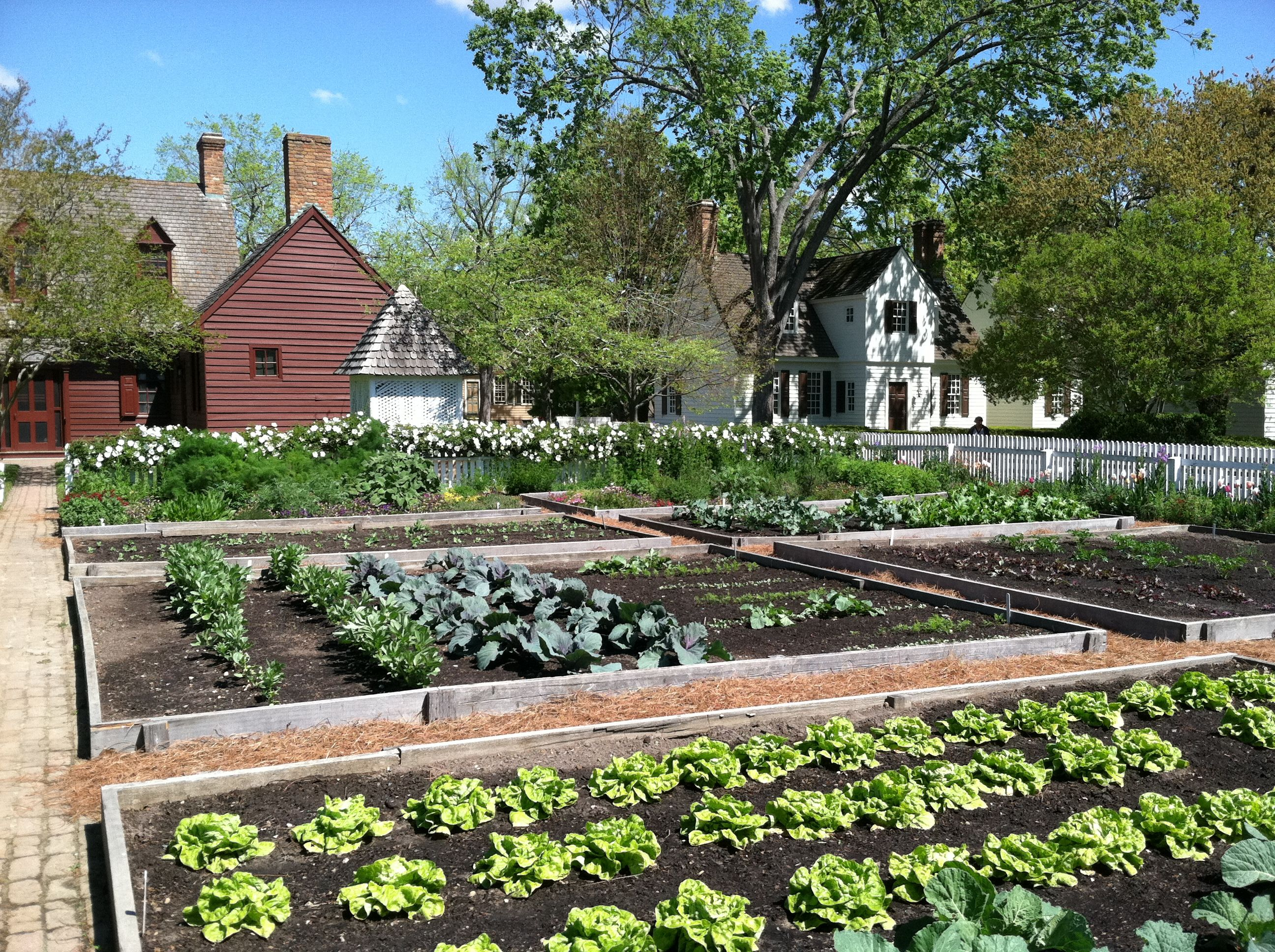 Visit to colonial williamsburg garden pinterest for To do in williamsburg