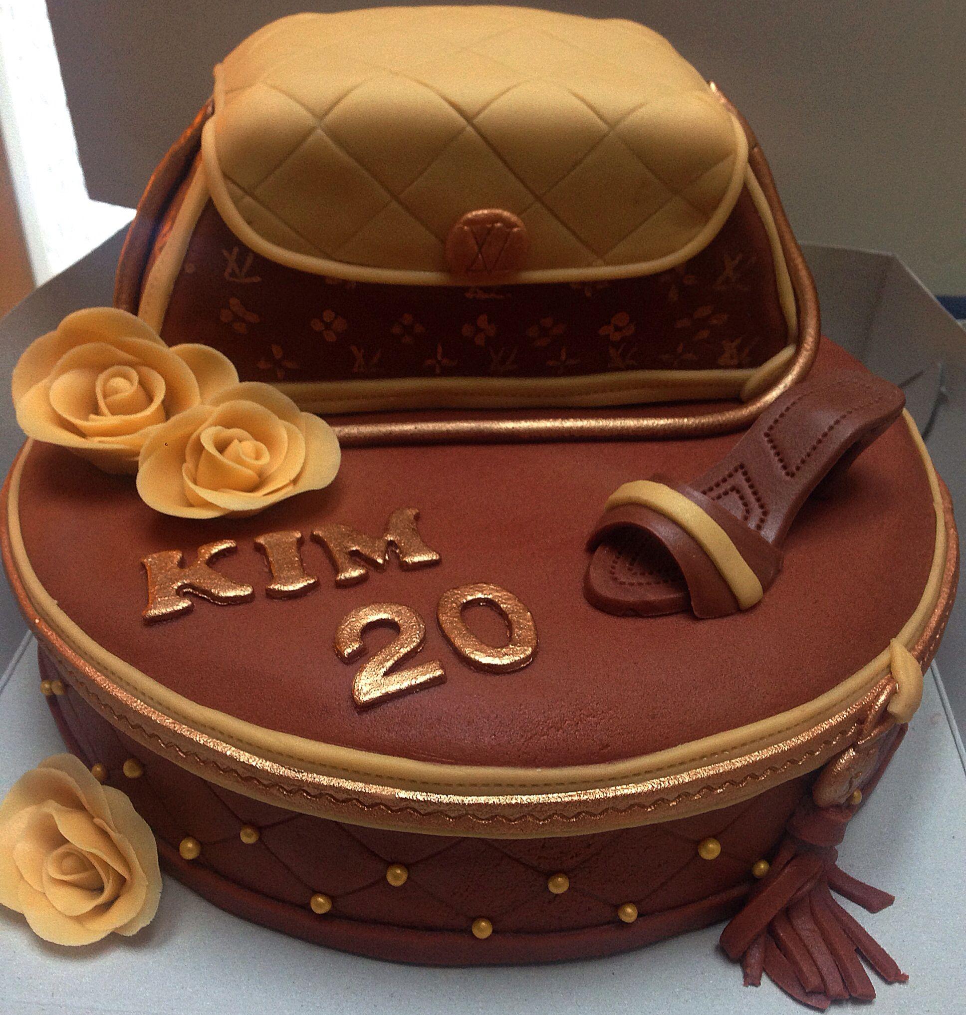 Cake Louis Vuitton Pinterest : Louis vuitton cake Designer Cakes Pinterest