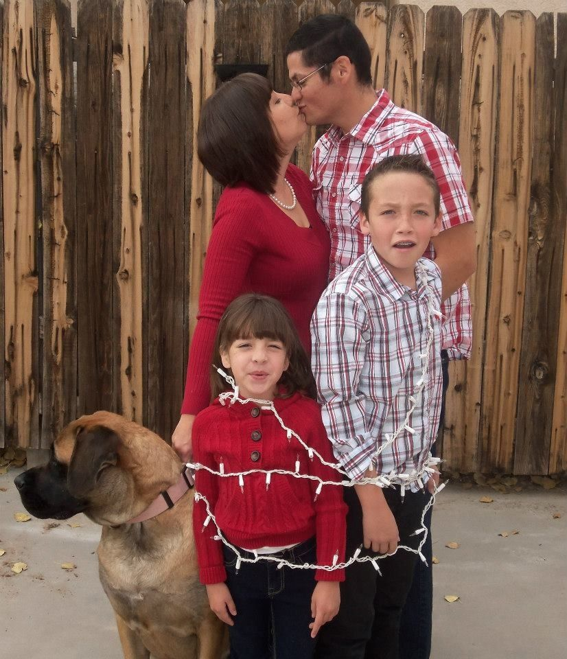 Family Holiday Ideas Photograph | Fun family Christmas photo