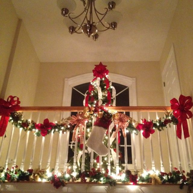 Balconies and christmas on pinterest for Christmas balcony decorating ideas