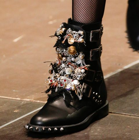 How To Make Incredible 8,000 Embellished Boots For Only 50 How To Make Incredible 8,000 Embellished Boots For Only 50 new photo