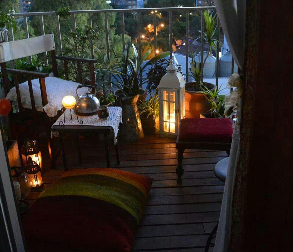 Balcon deco balcons terrasses pinterest for Balcon in english