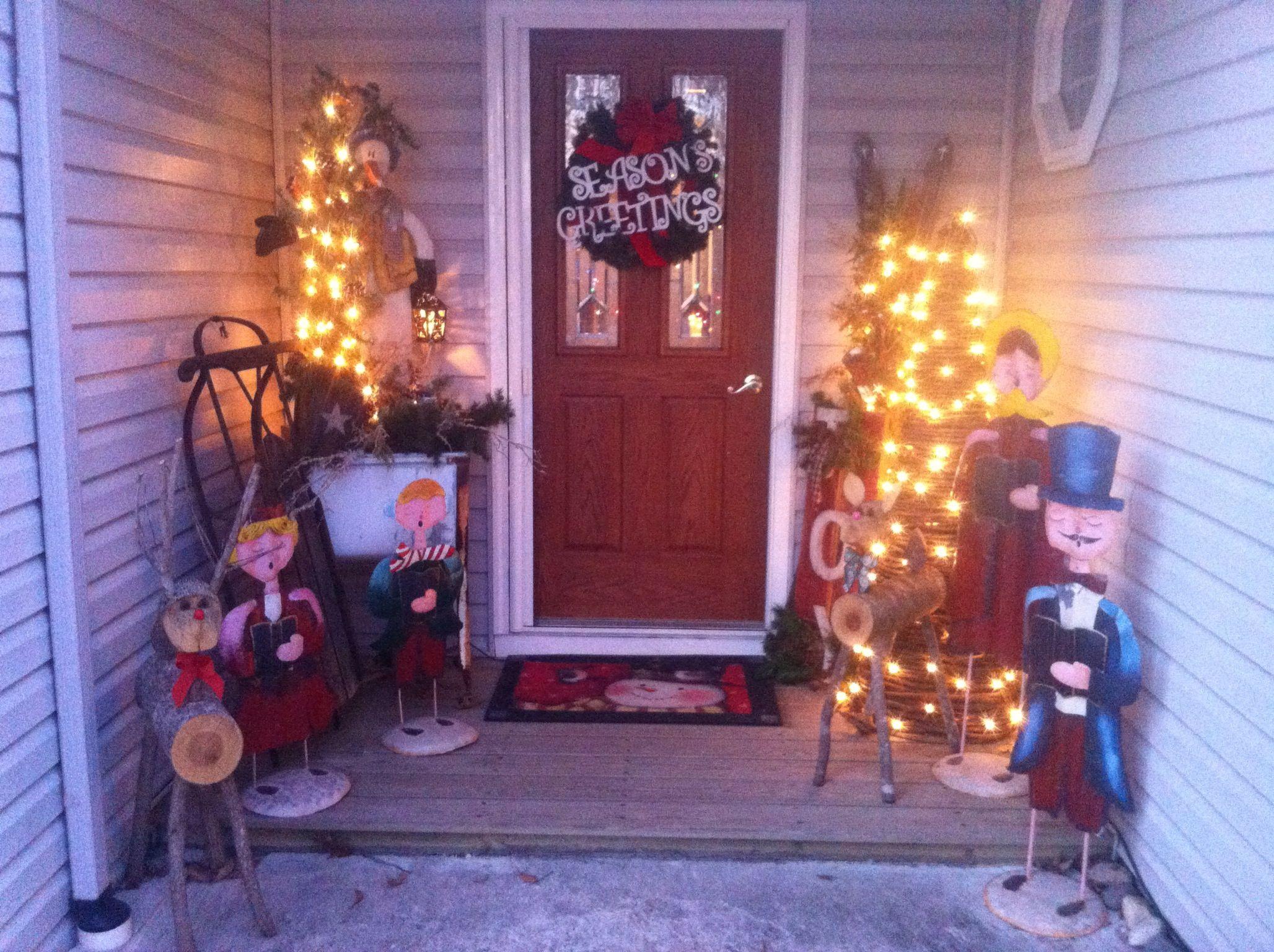 Christmas porch decorating | Front porch ideas | Pinterest