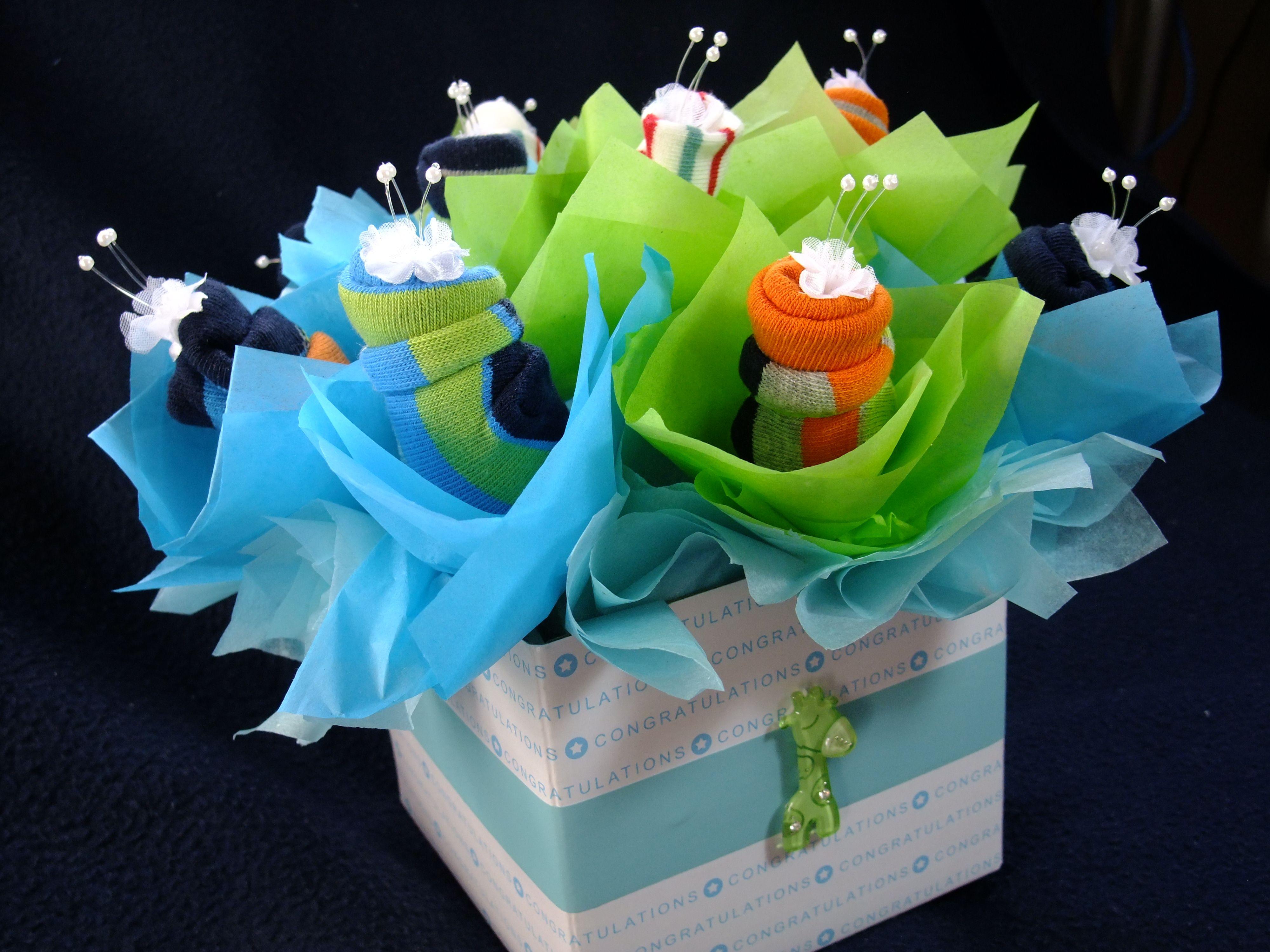 Baby socks flower bouquet Easy DIY Projects