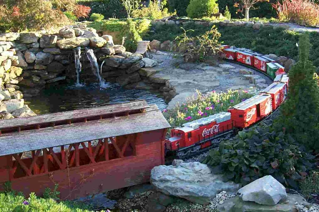 pin by mark myers on garden railroads pinterest