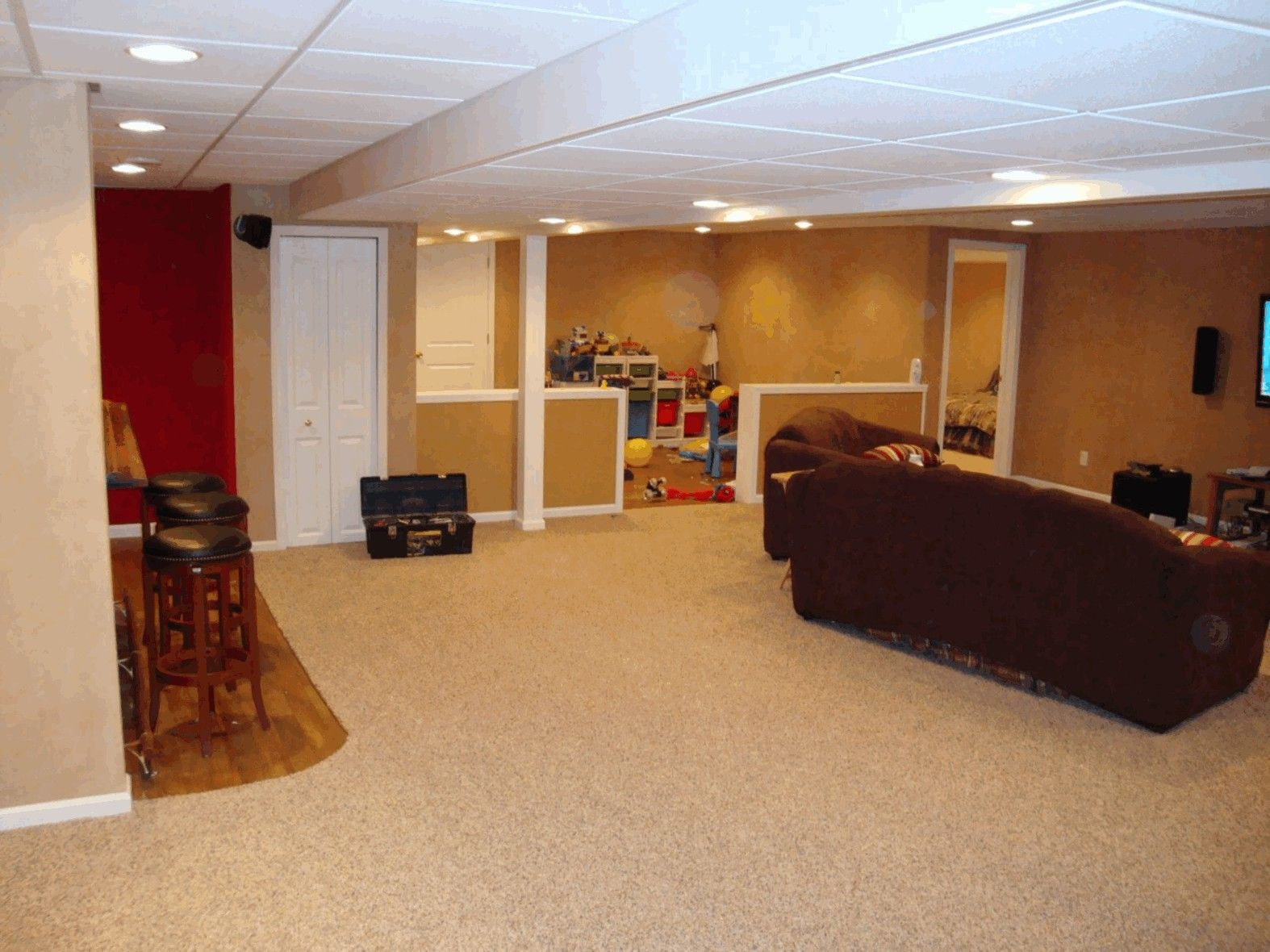 Liking the half walls basement garage remodel ideas pinterest - Remodel basement ideas ...