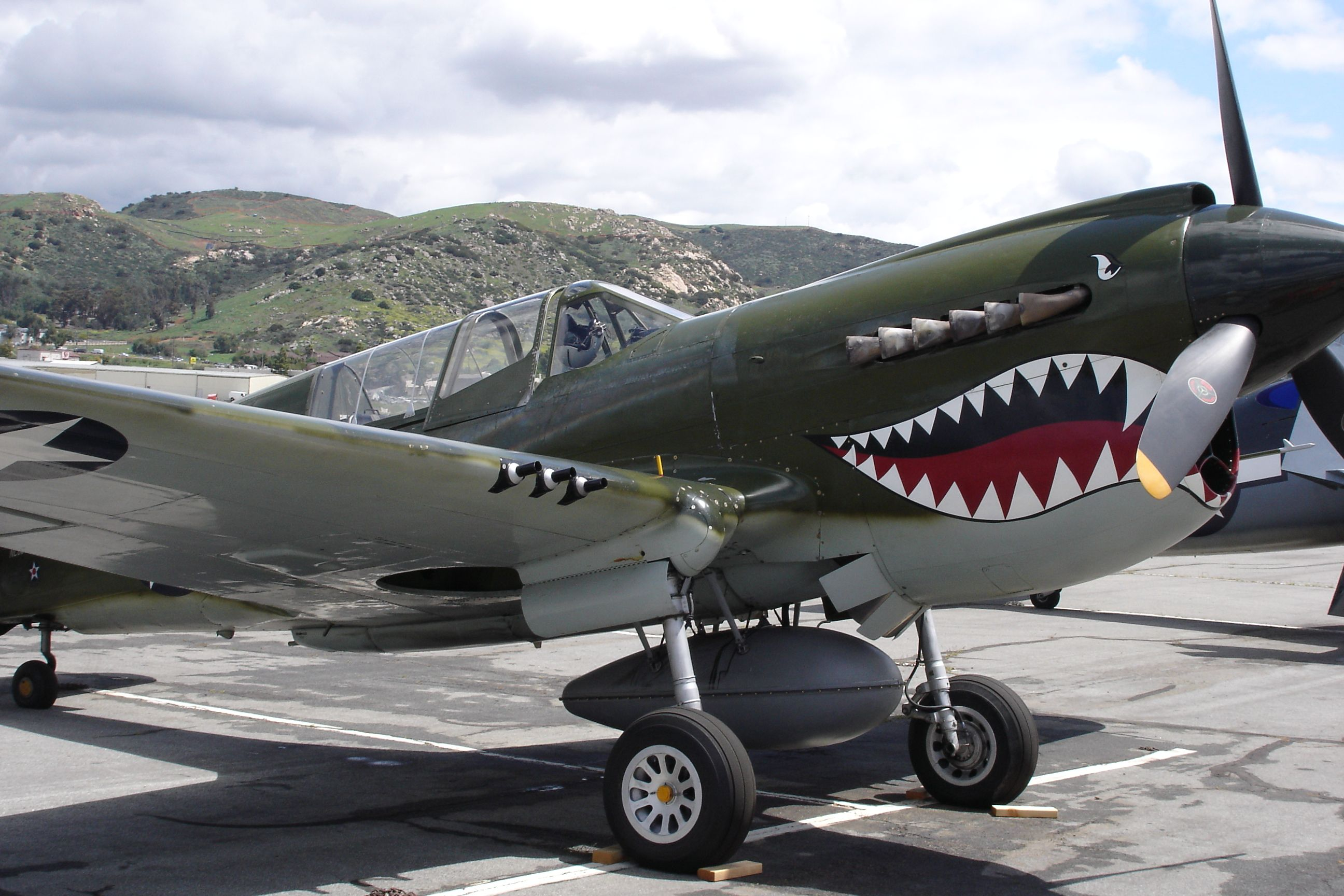 WW-II P-40 Flying Tiger, fighter | Military Honors | Pinterest