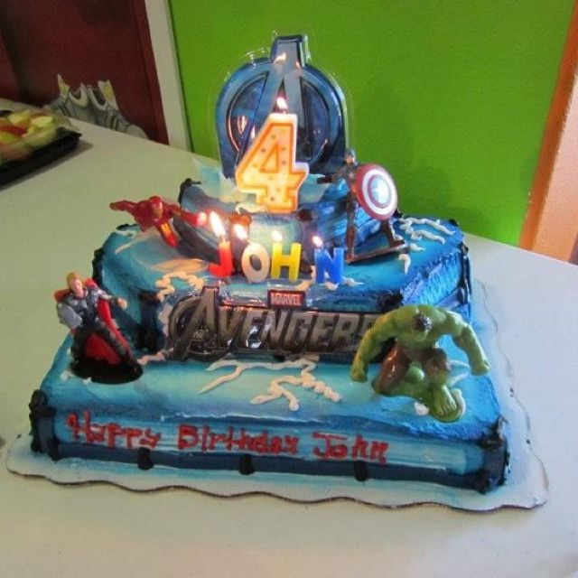 Cake Design Avengers : Avengers cake:) Party Deco.. And food ideas..!!! Pinterest
