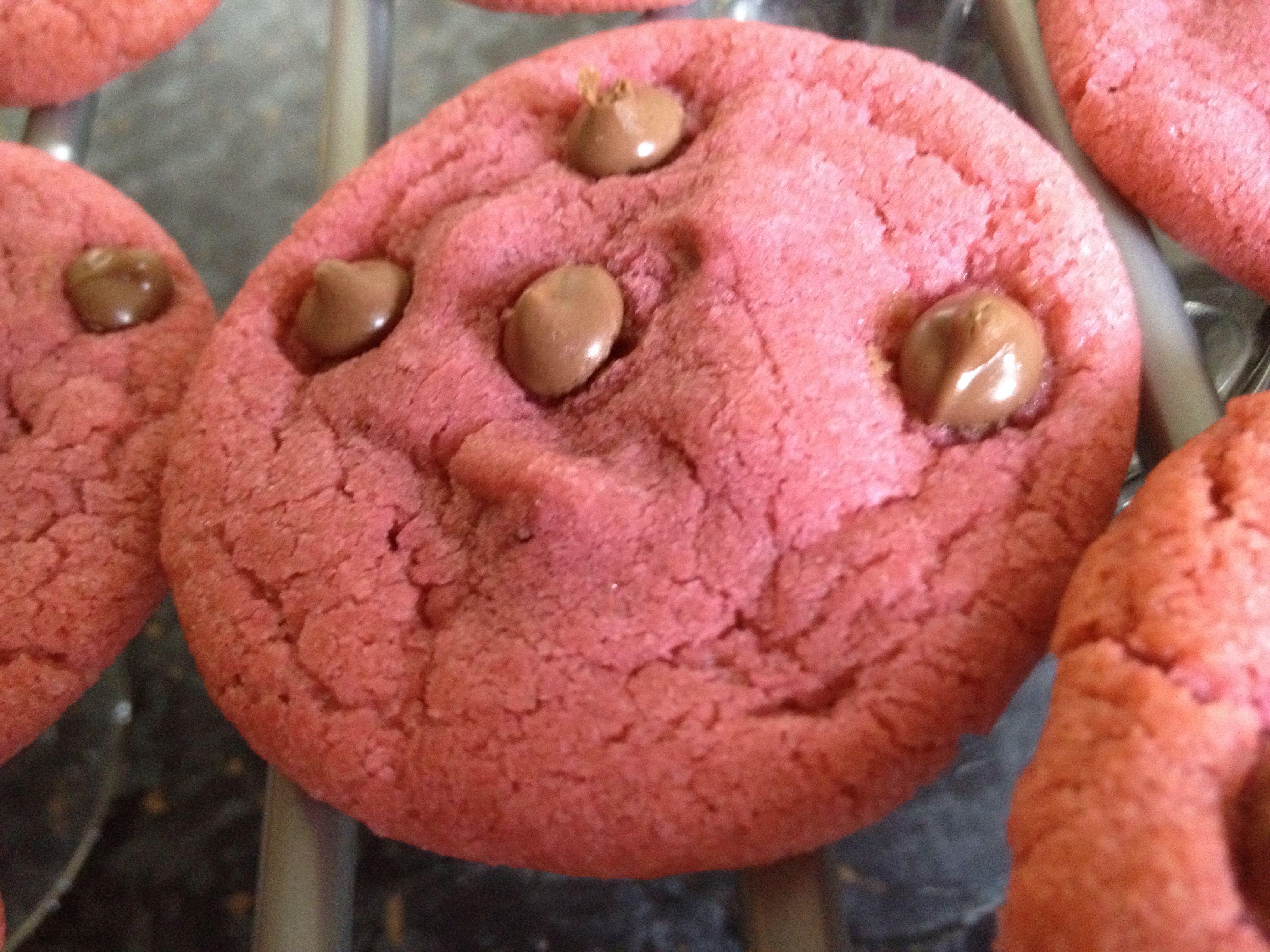Pink chocolate chip cookies   baking:):):)   Pinterest