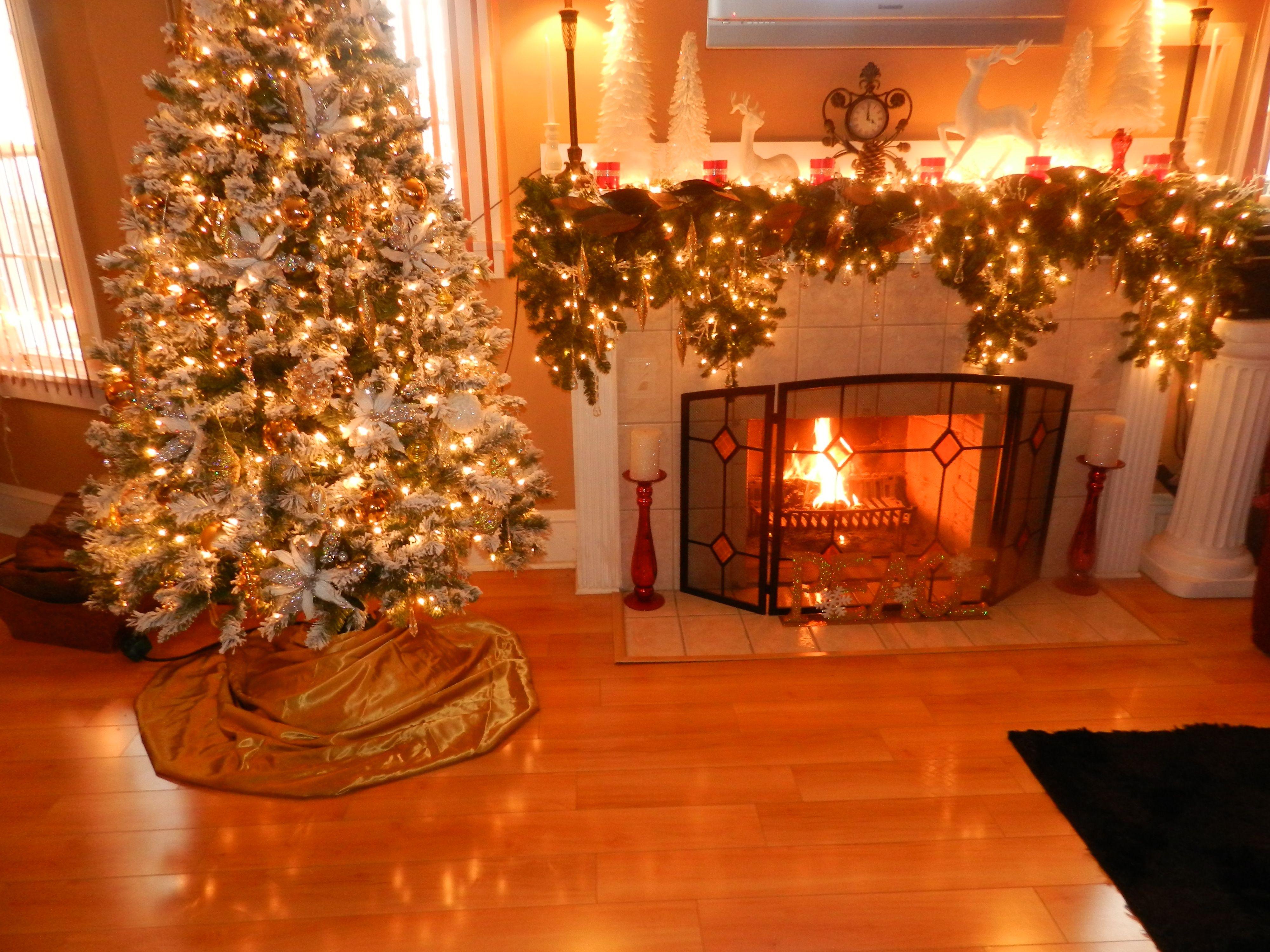 Flocked Tree | Christmas decorating ideas | Pinterest