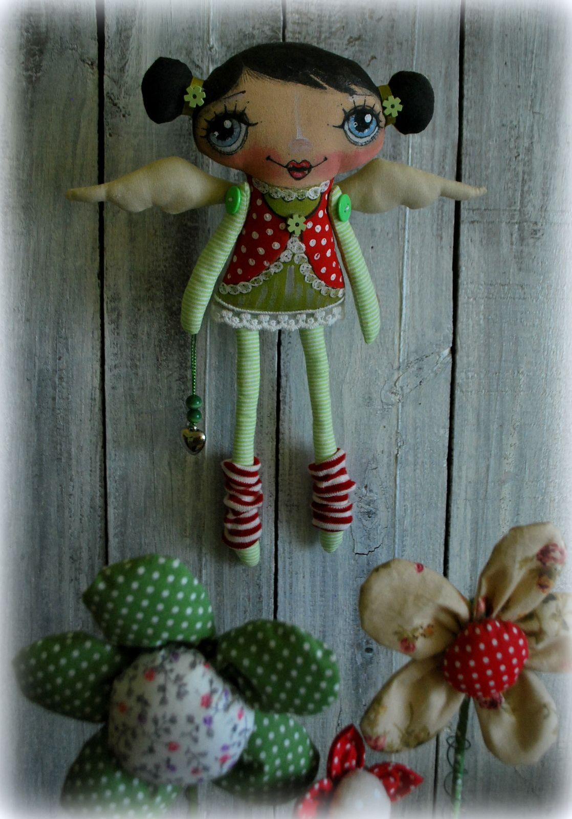Pin it like image for Pinterest dolls