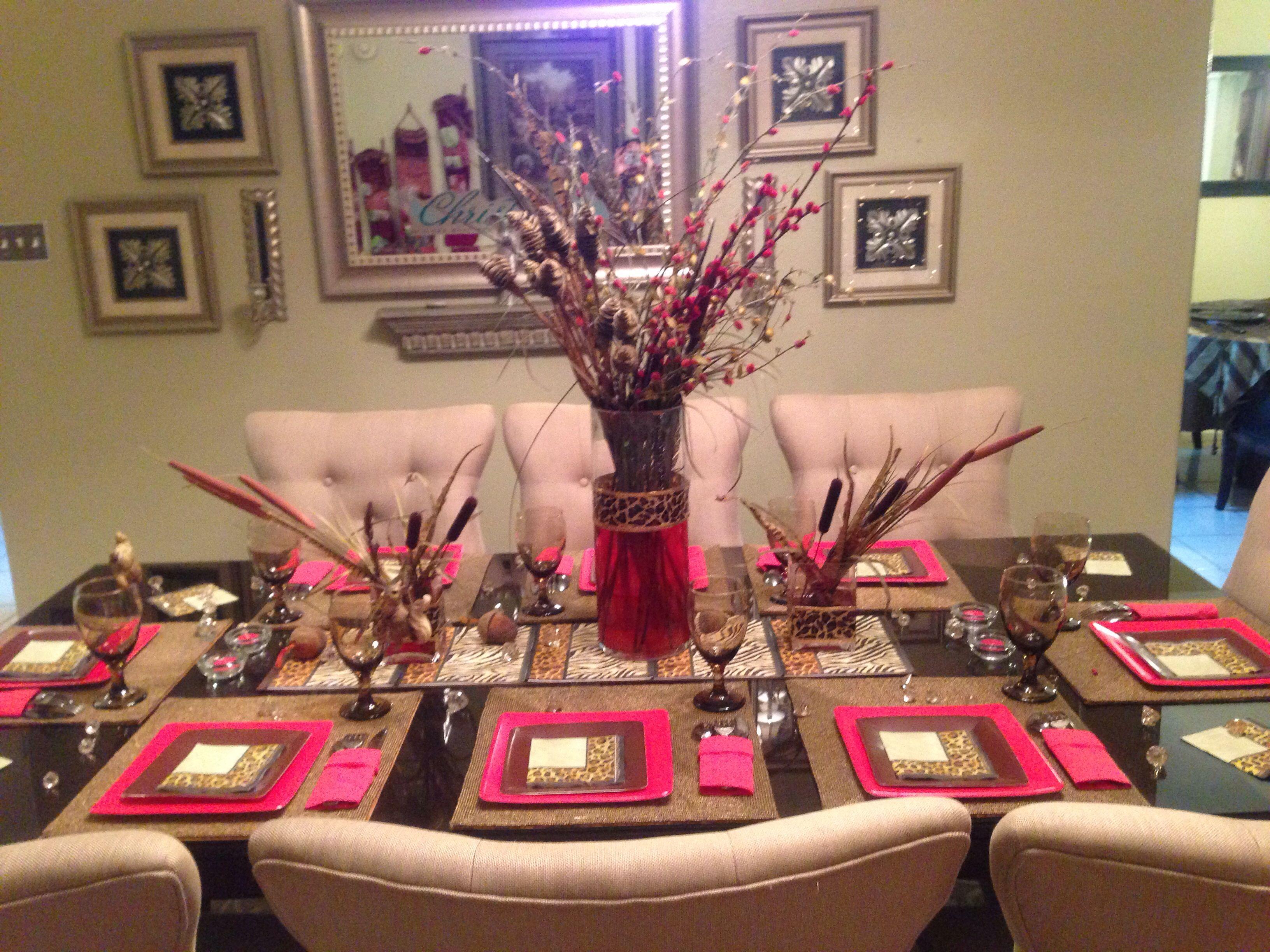 Animal print table decor for christmas my appartment pinterest - Cheetah print centerpieces ...
