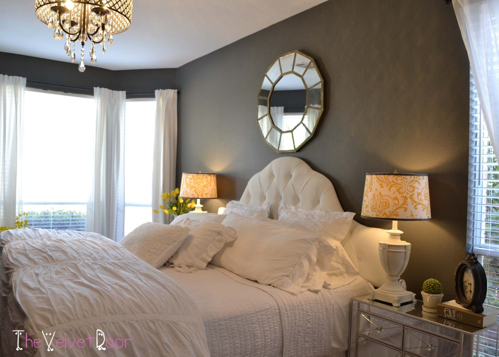 Master bedroom ideas creative spaces and decorating for Creative master bedroom ideas