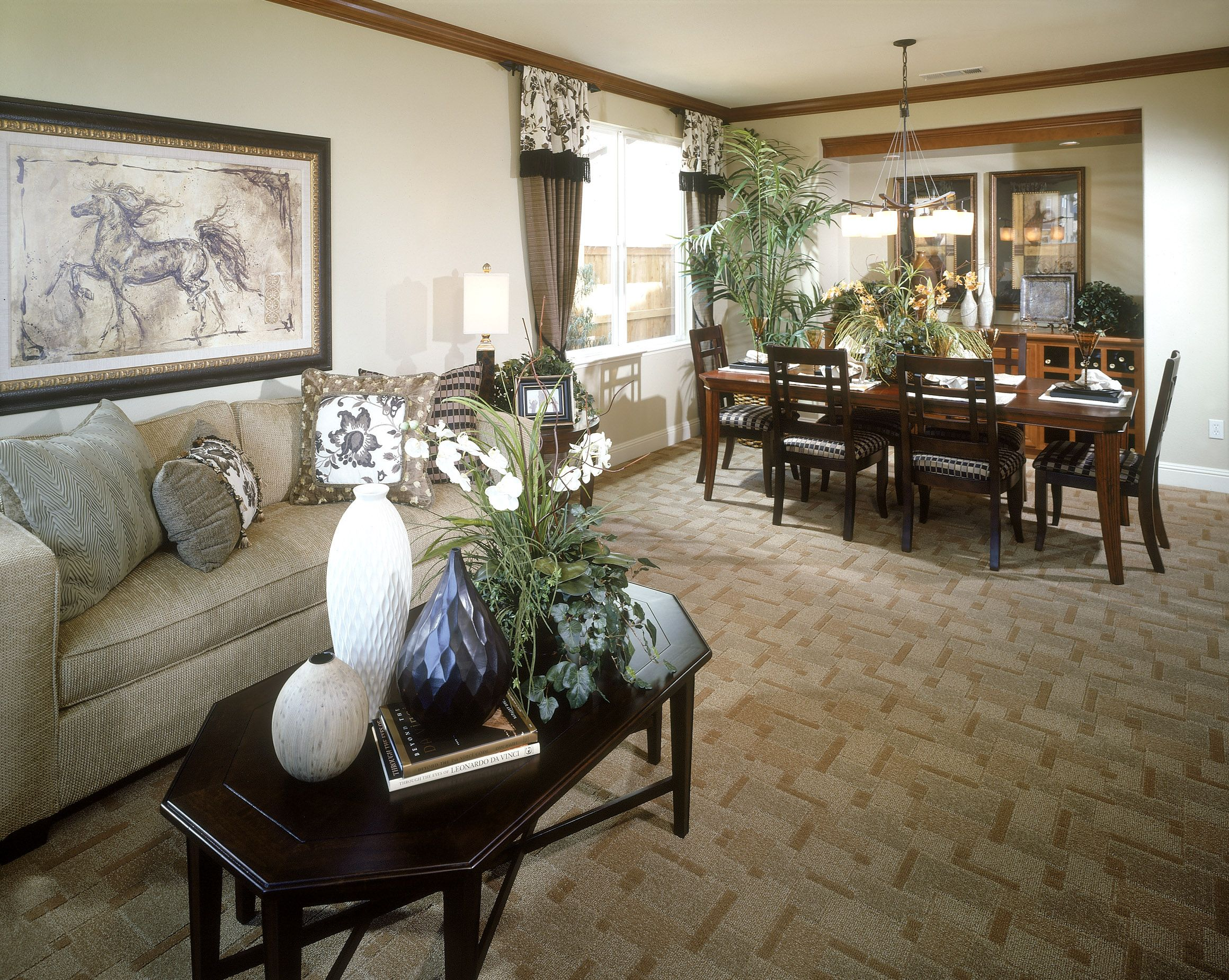 Formal living and dining room heirloom decorating ideas for Formal dining room centerpiece ideas
