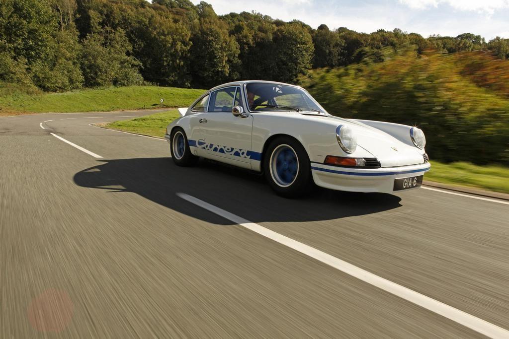 Porsche 911 carrera rs 2 7 porsche 911 pinterest
