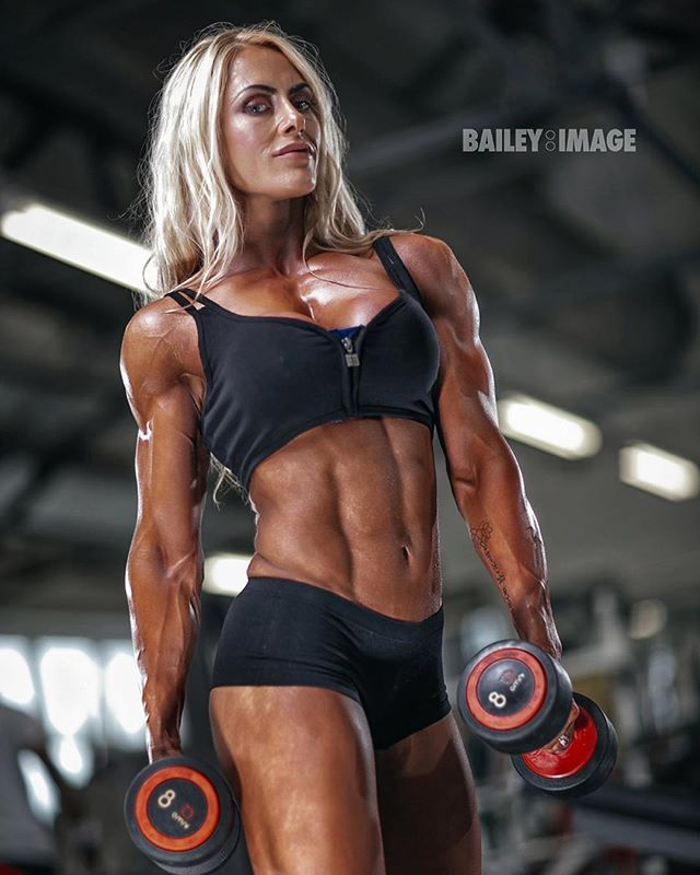 Watch Why Women Don't (But Should) Lift Weights video