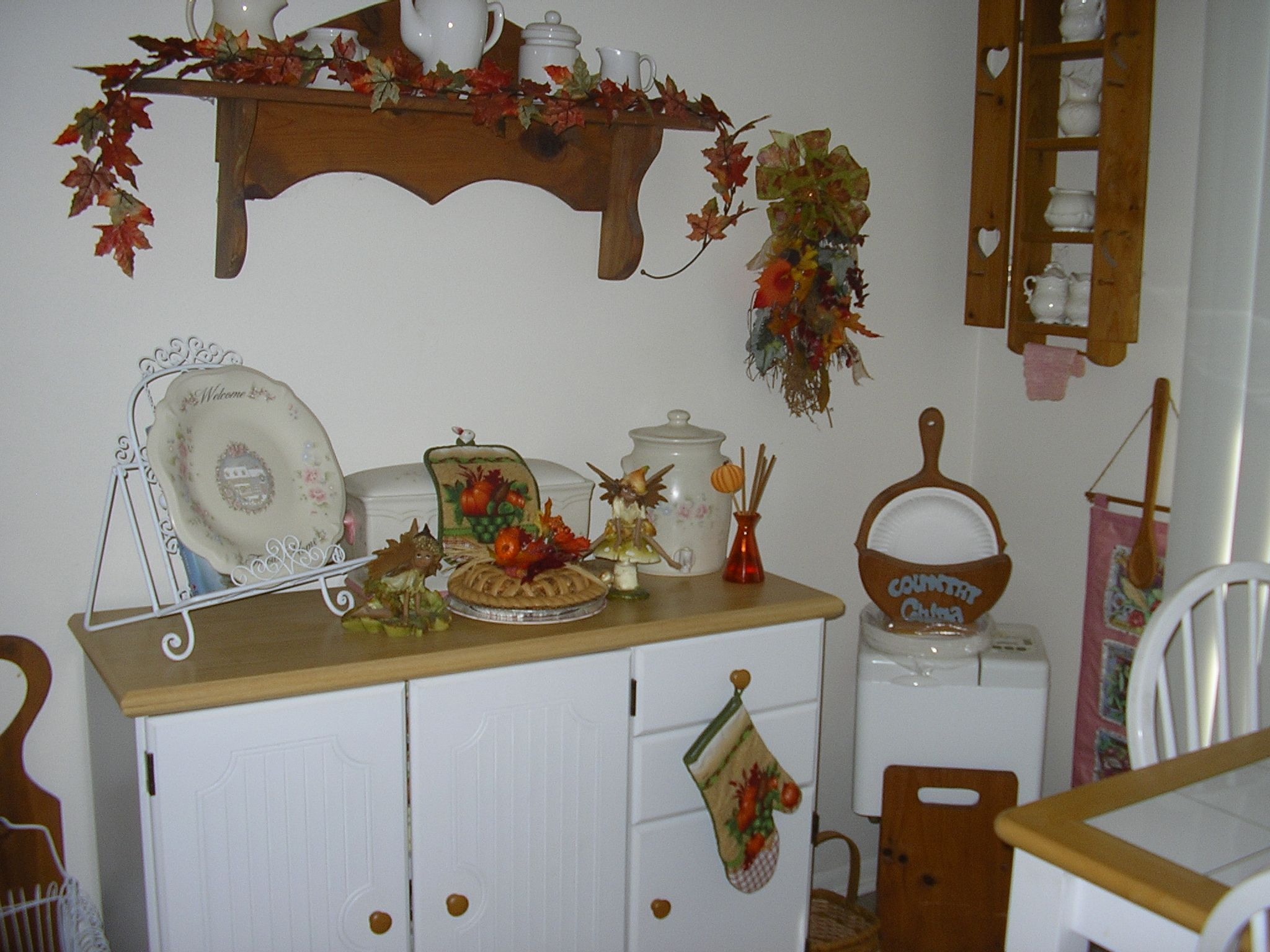 fall kitchen decor fall christmas decorations pinterest