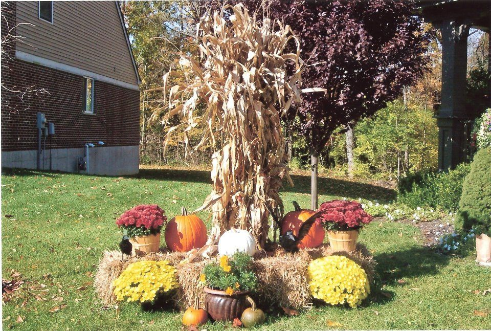 front yard decorations 2009 fall favorites pinterest