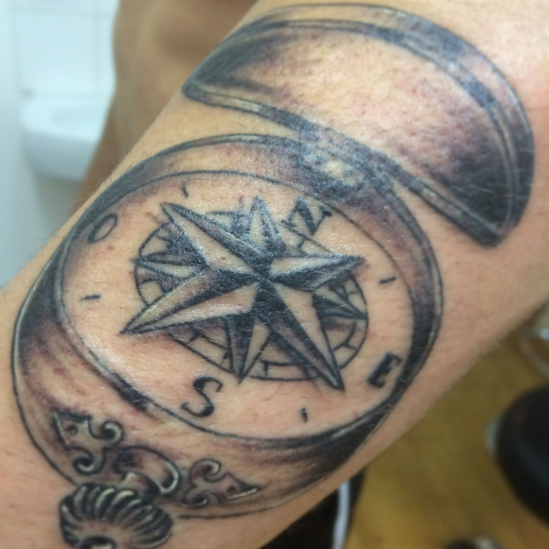 Compas tattoo addiction tattoo strasbourg pinterest for Tattoo addiction albany ga