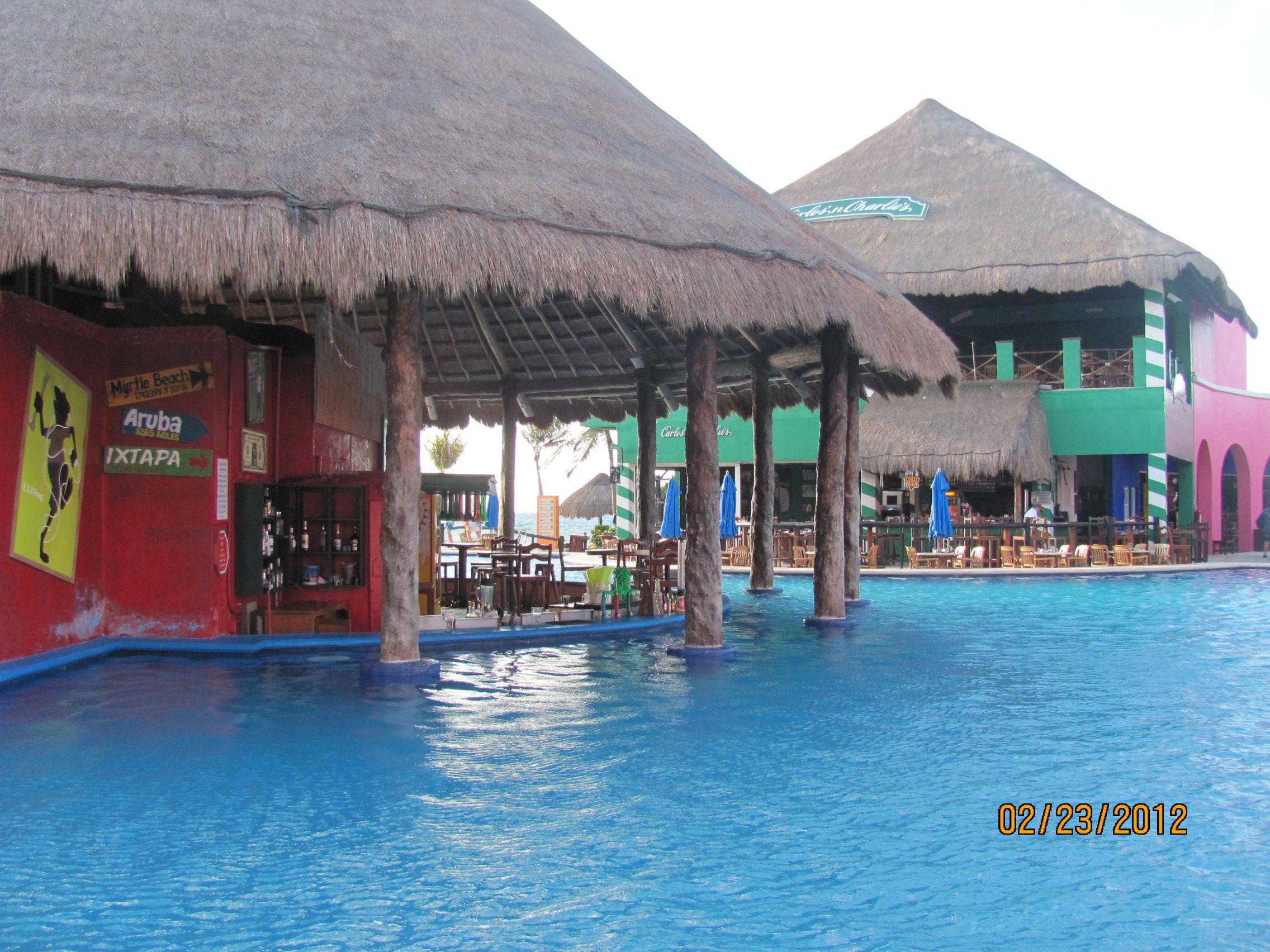 gay bar costa maya