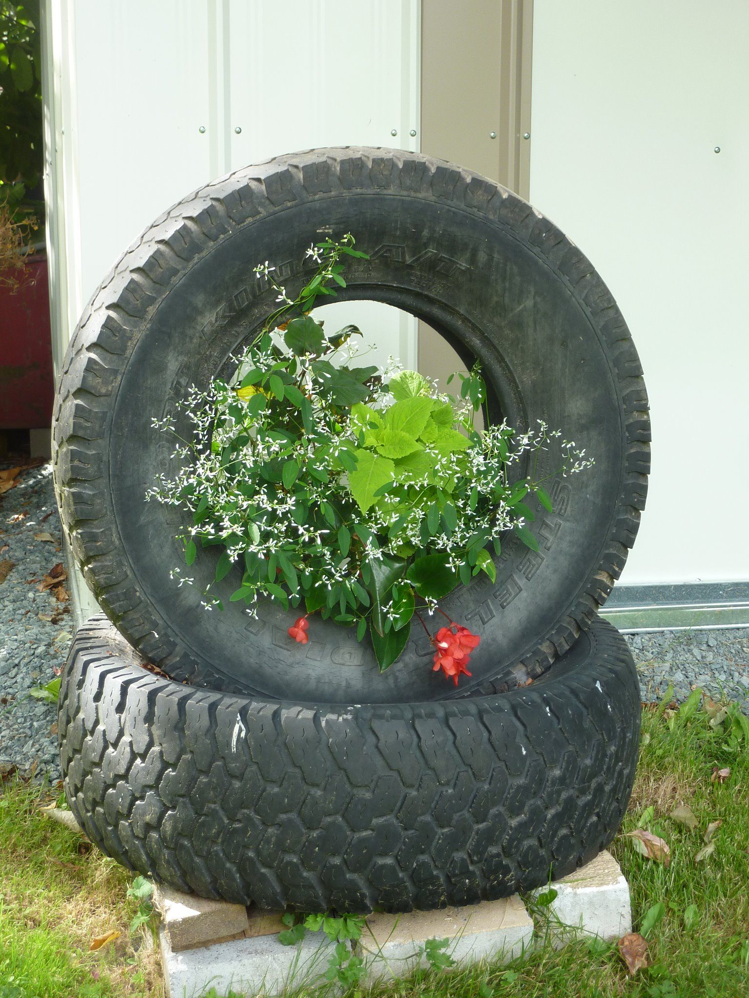 more tire planters gardening pinterest