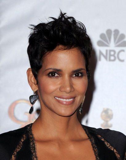 Halle Berry Messy Spiked Haircut for Short Hair pictures
