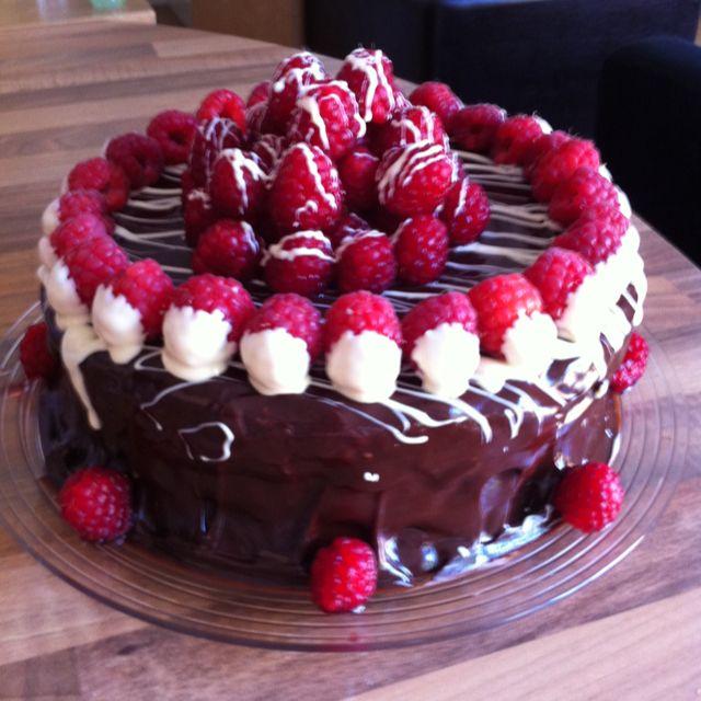 Double chocolate & raspberry liquor cake | Cake decor - simple or so ...