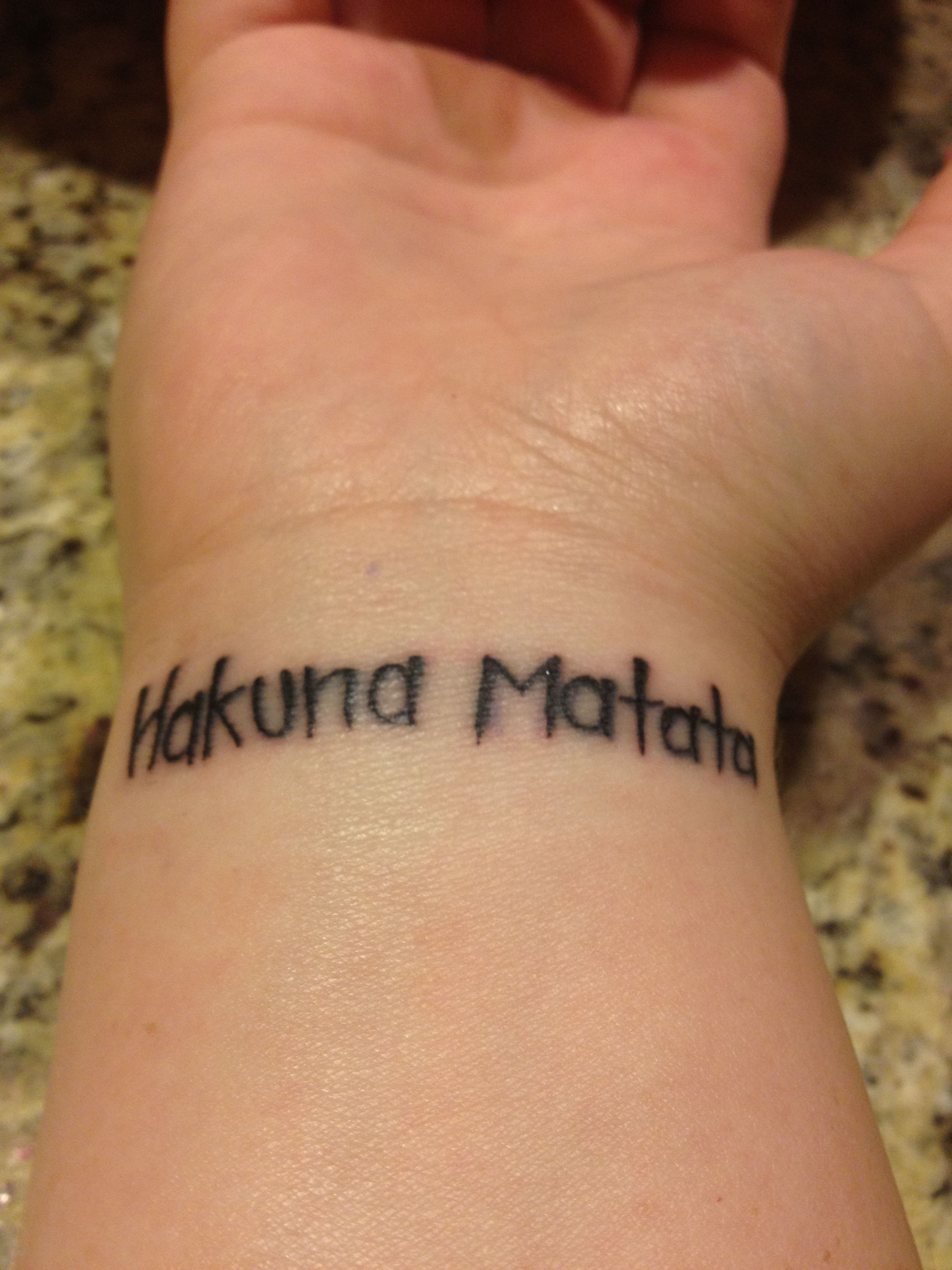 pin hakuna matata tattoo thinking smaller and poked prodded cake on pinterest. Black Bedroom Furniture Sets. Home Design Ideas