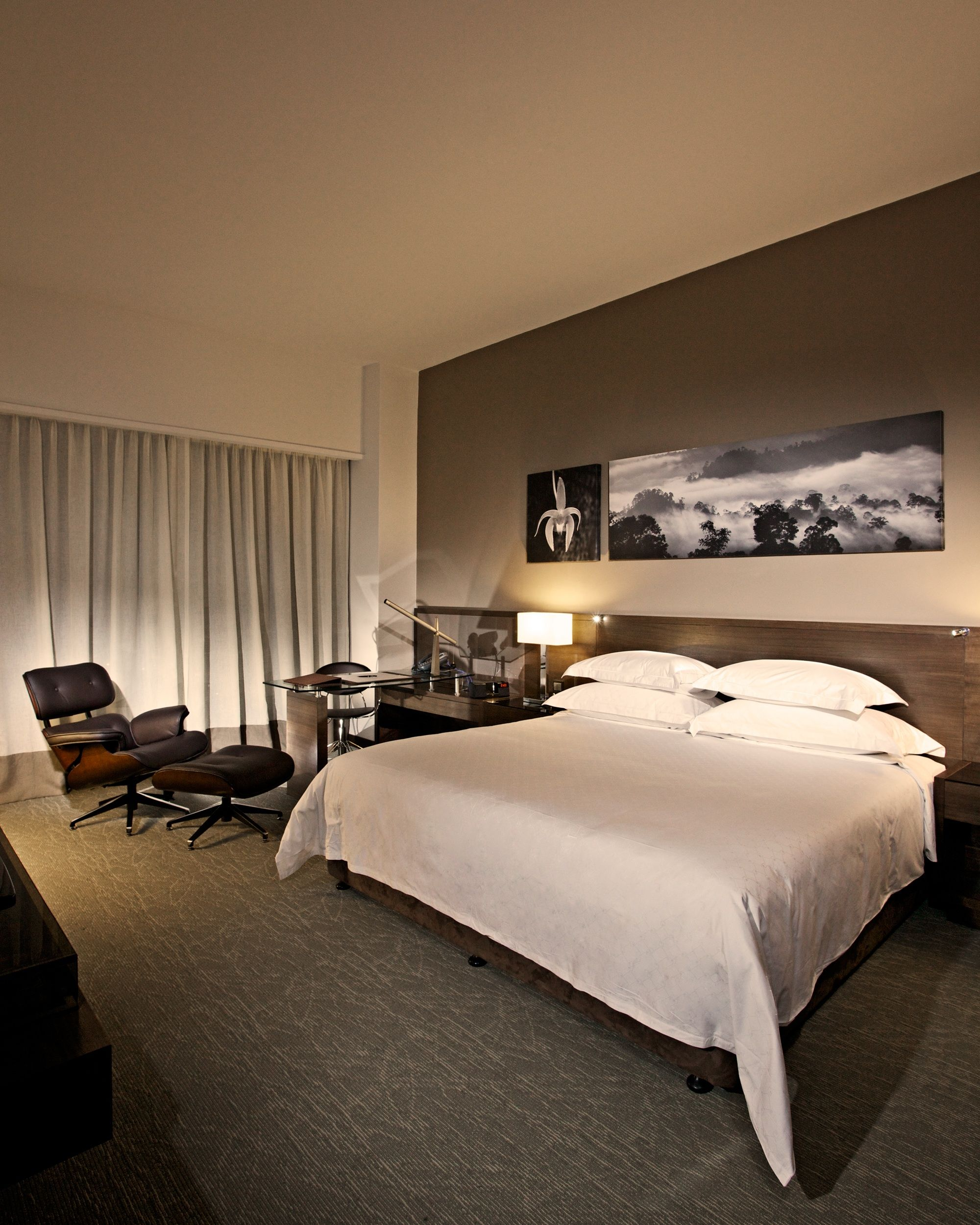 hotel style bedroom beddybye pinterest