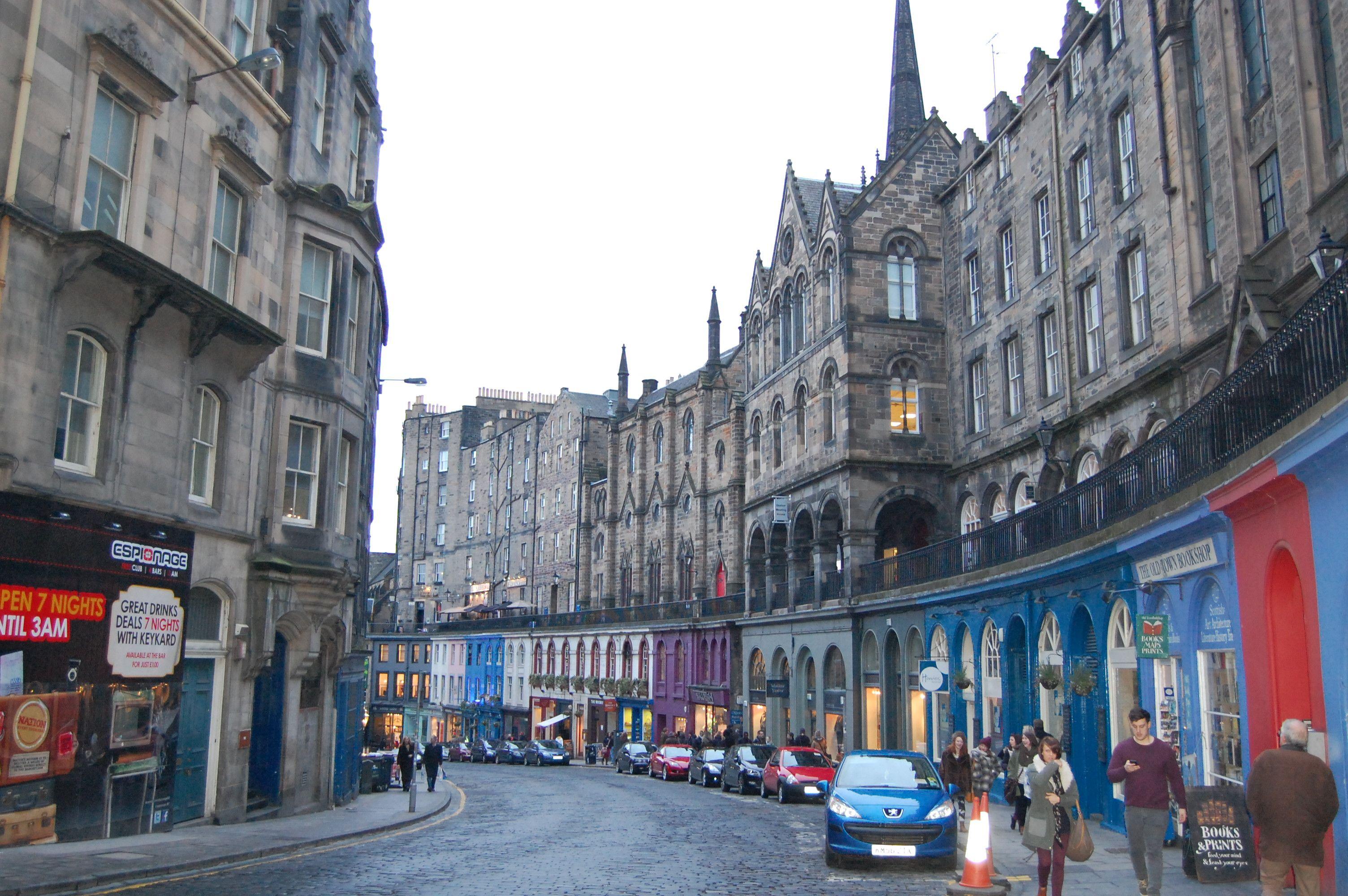 Royal Mile In Edinburgh Scotland Royale Mile Pinterest
