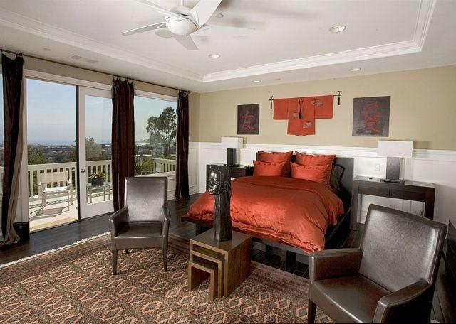 Chambre coucher avec de la literie rouge with chambre a coucher moderne romantique rouge for Chambre romantique rouge