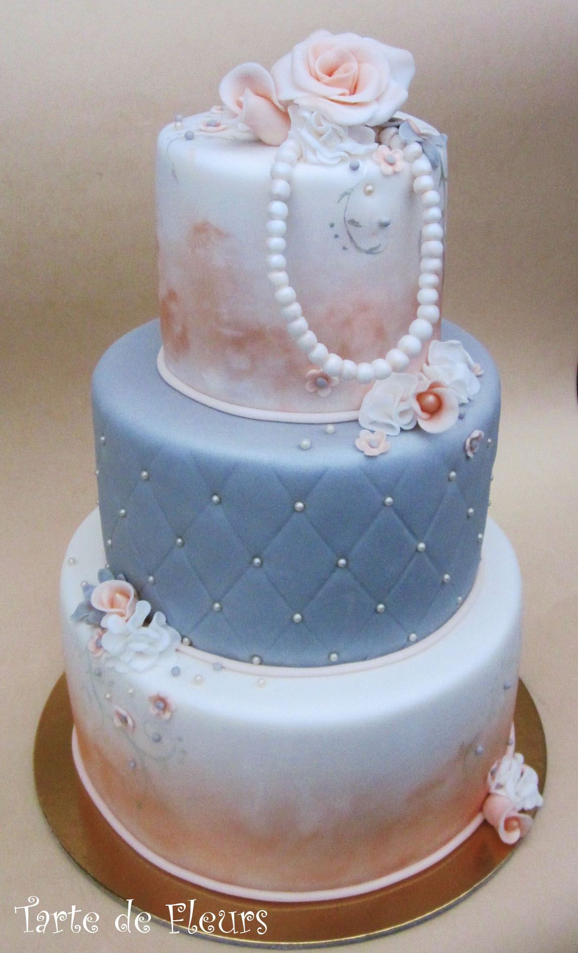 30th Pearl Wedding Cake Ideas And Designs