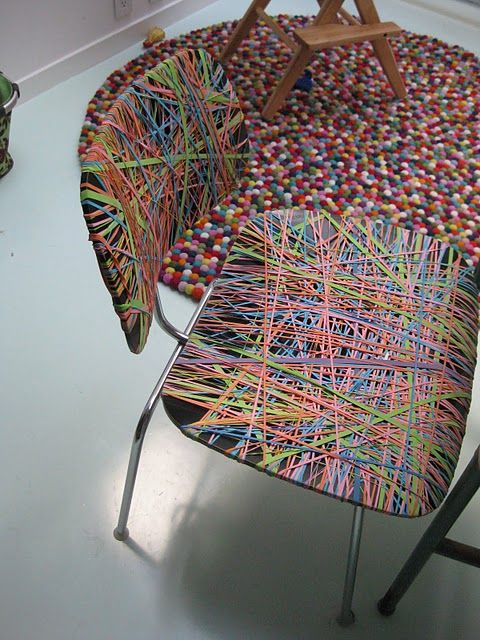 Rubber band chair COLOR IT