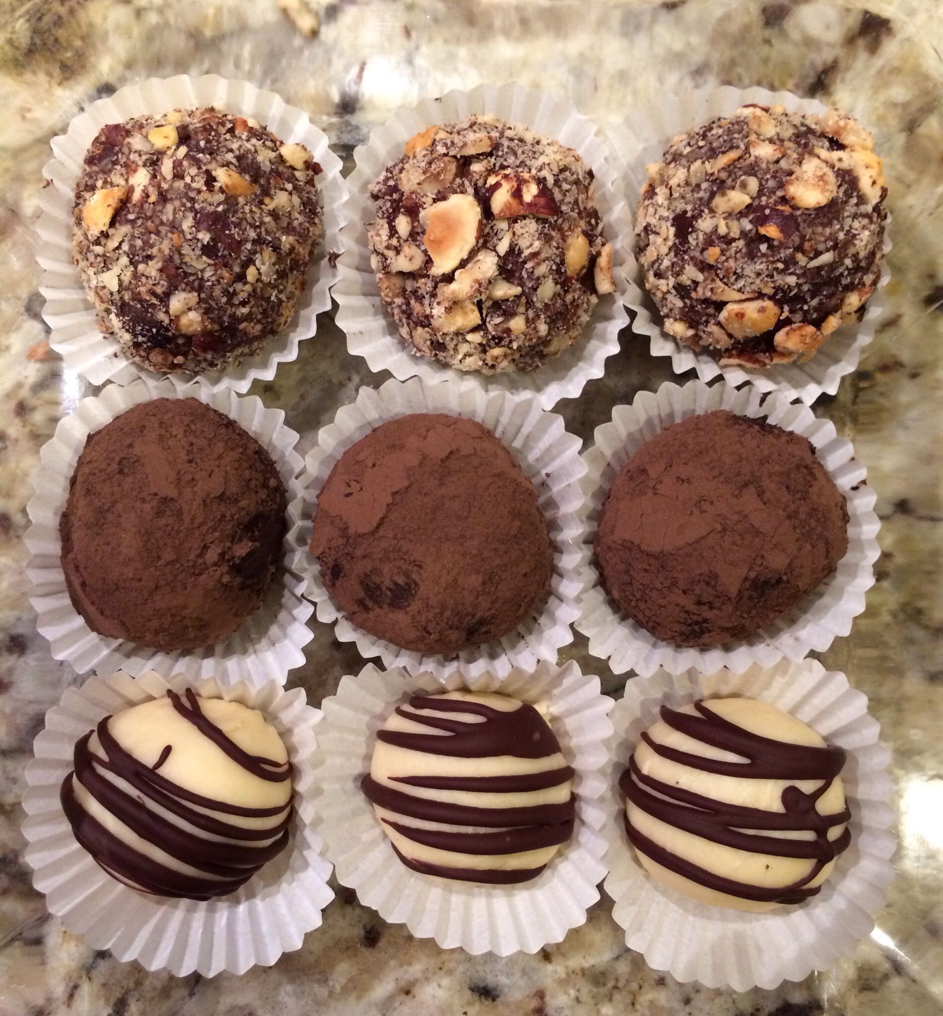 Homemade Chocolate truffles!!!! Yum!!!! | deSSerTs {FiRst} | Pinterest