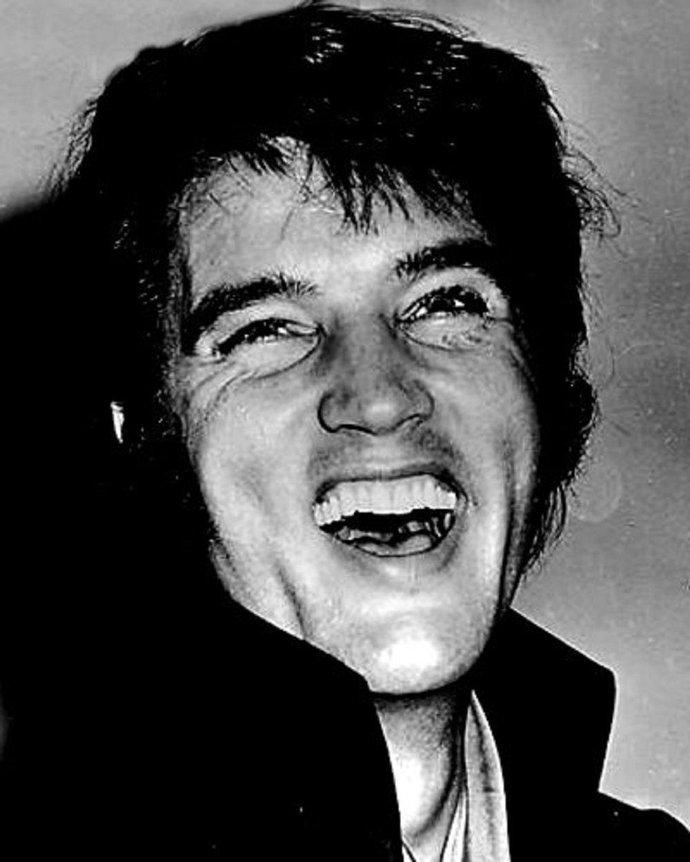 ELVIS IN 1969   ELVIS ...