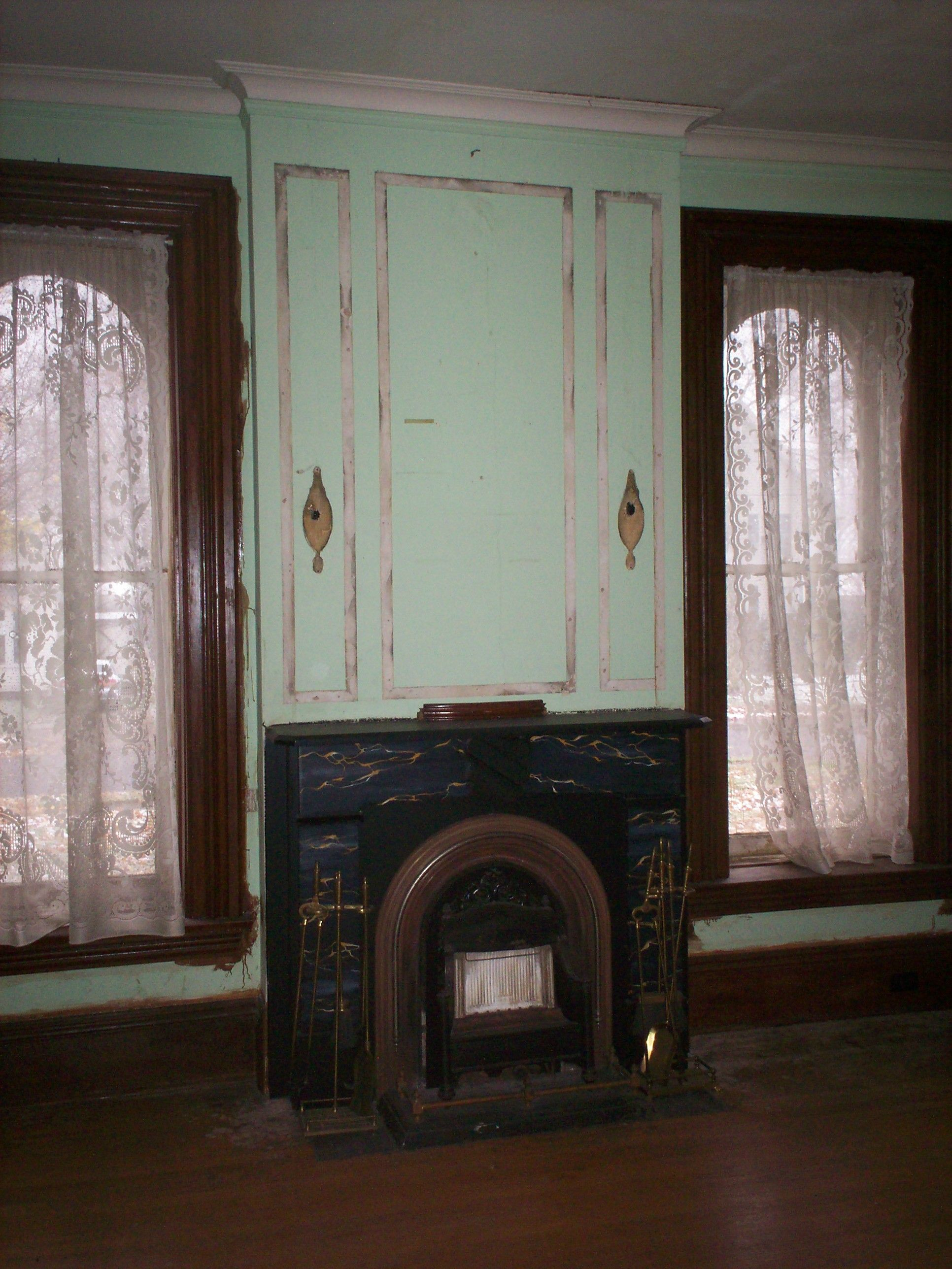 Dining room fireplace italianate houses pinterest for Dining room fireplace