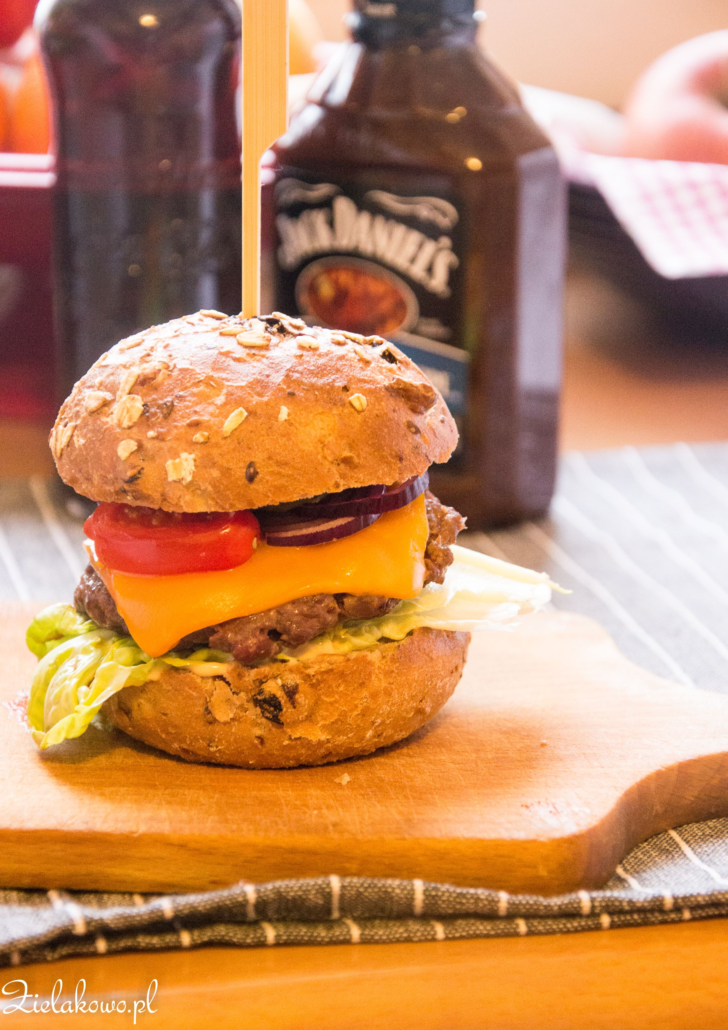 Home made cheeseburger | Old fashioned burgers | Pinterest