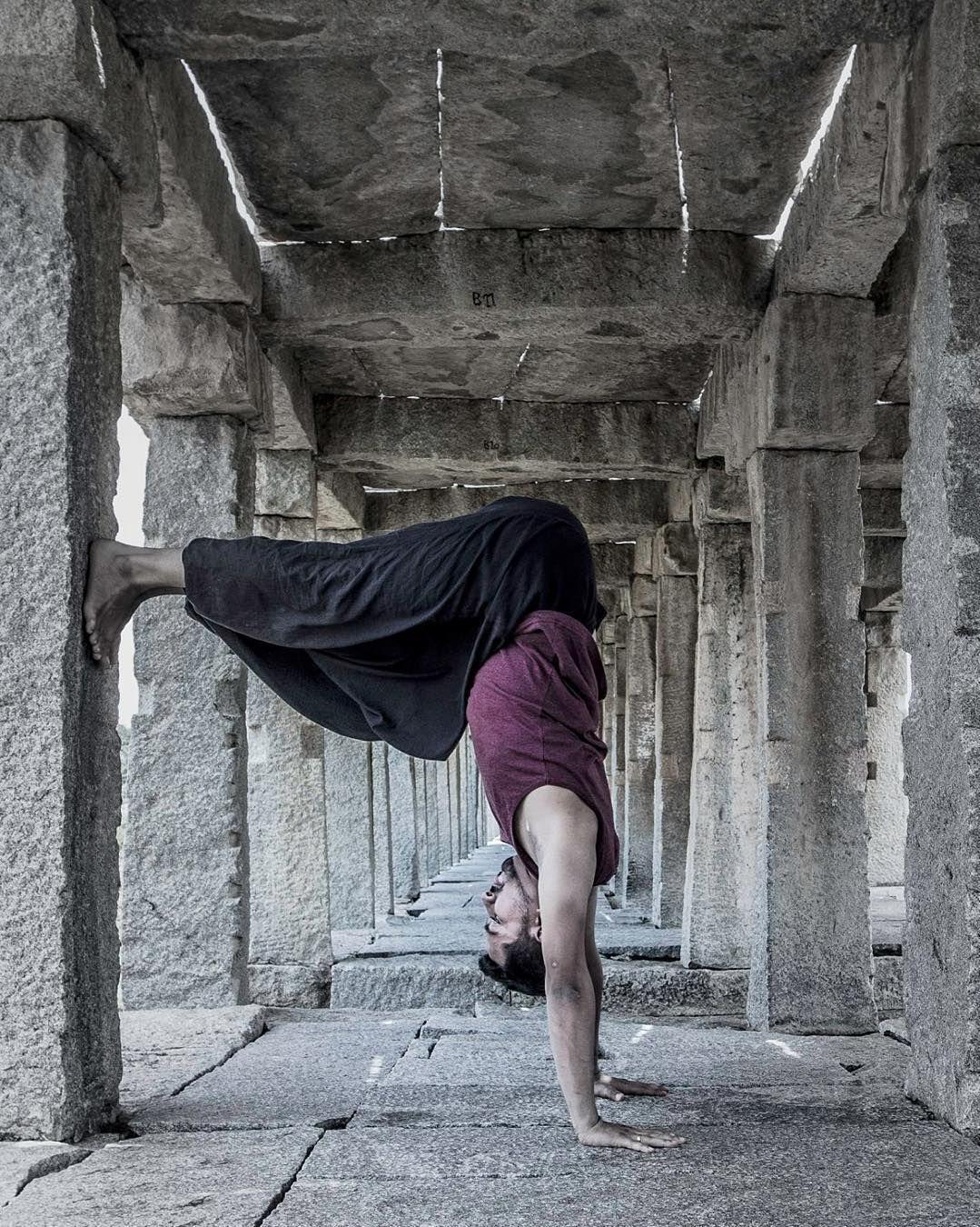 How to Do Shoulderstand (Salamba Sarvangasana) in Yoga