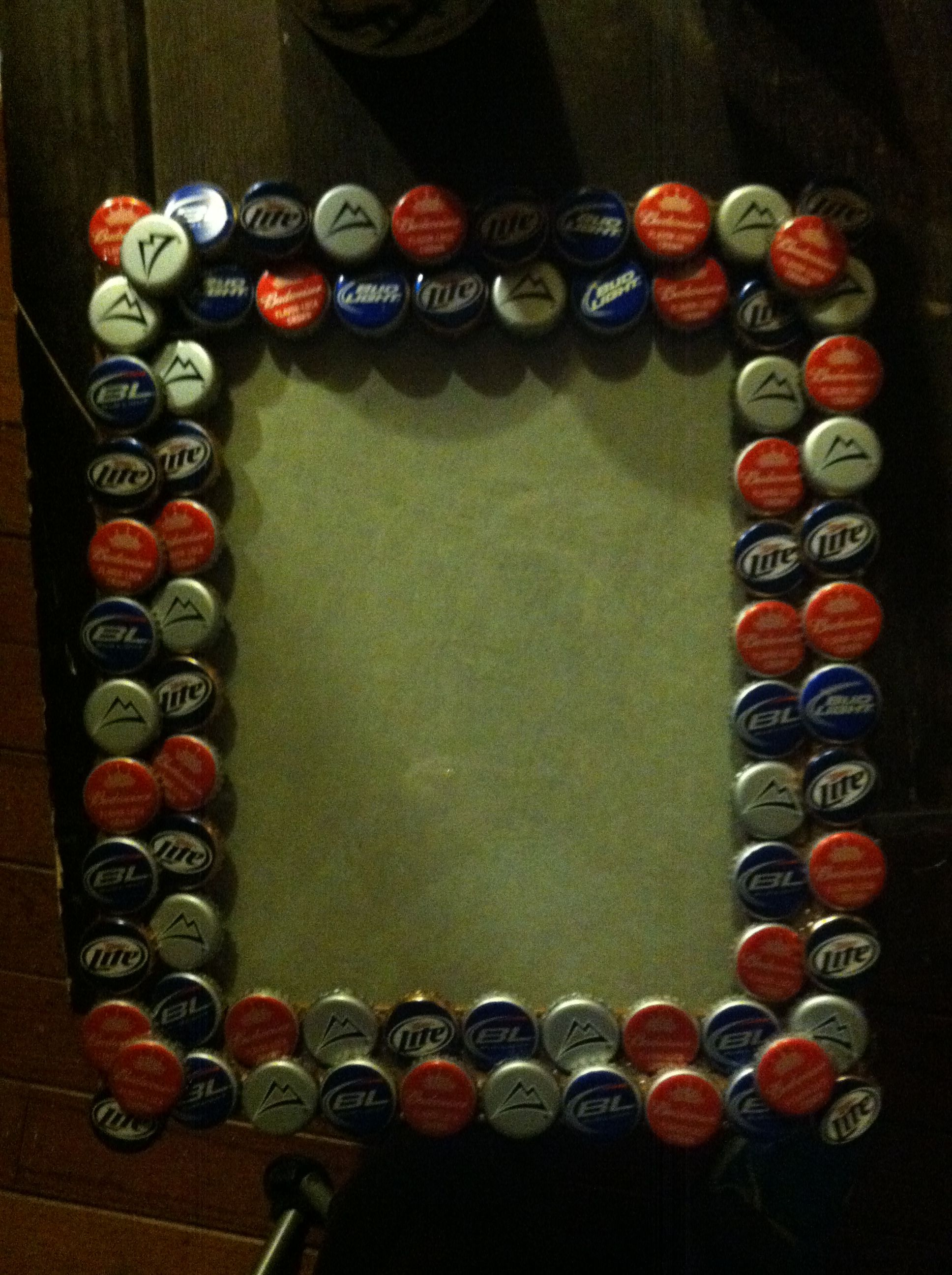 Beer stuff on pinterest santa cruz bottle caps and for Beer bottle picture frame